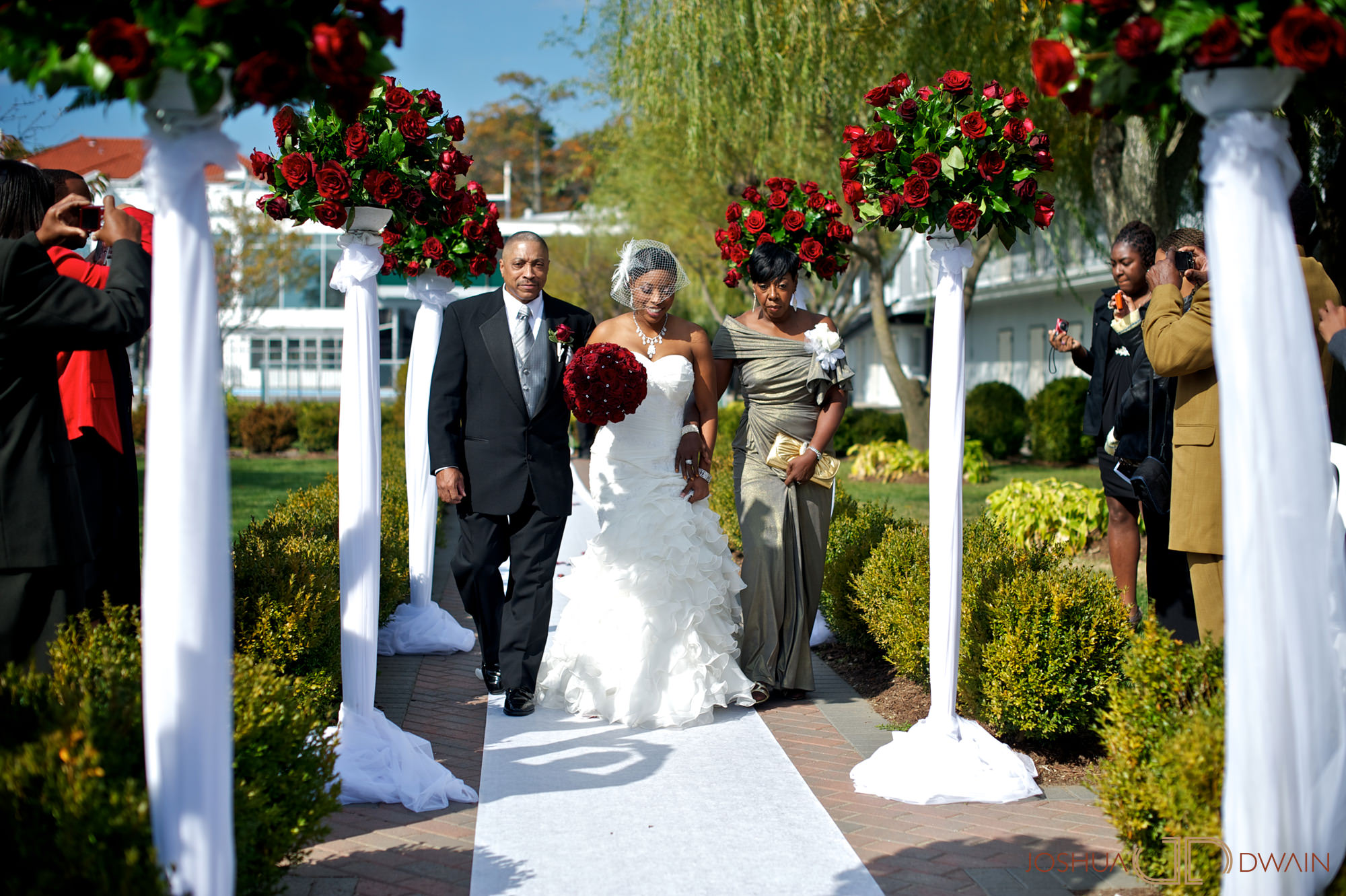 natifia-don-008-greentree-country-clubnew-rochelle-new-york-wedding-photographer-joshua-dwain-20101023_dn_0345