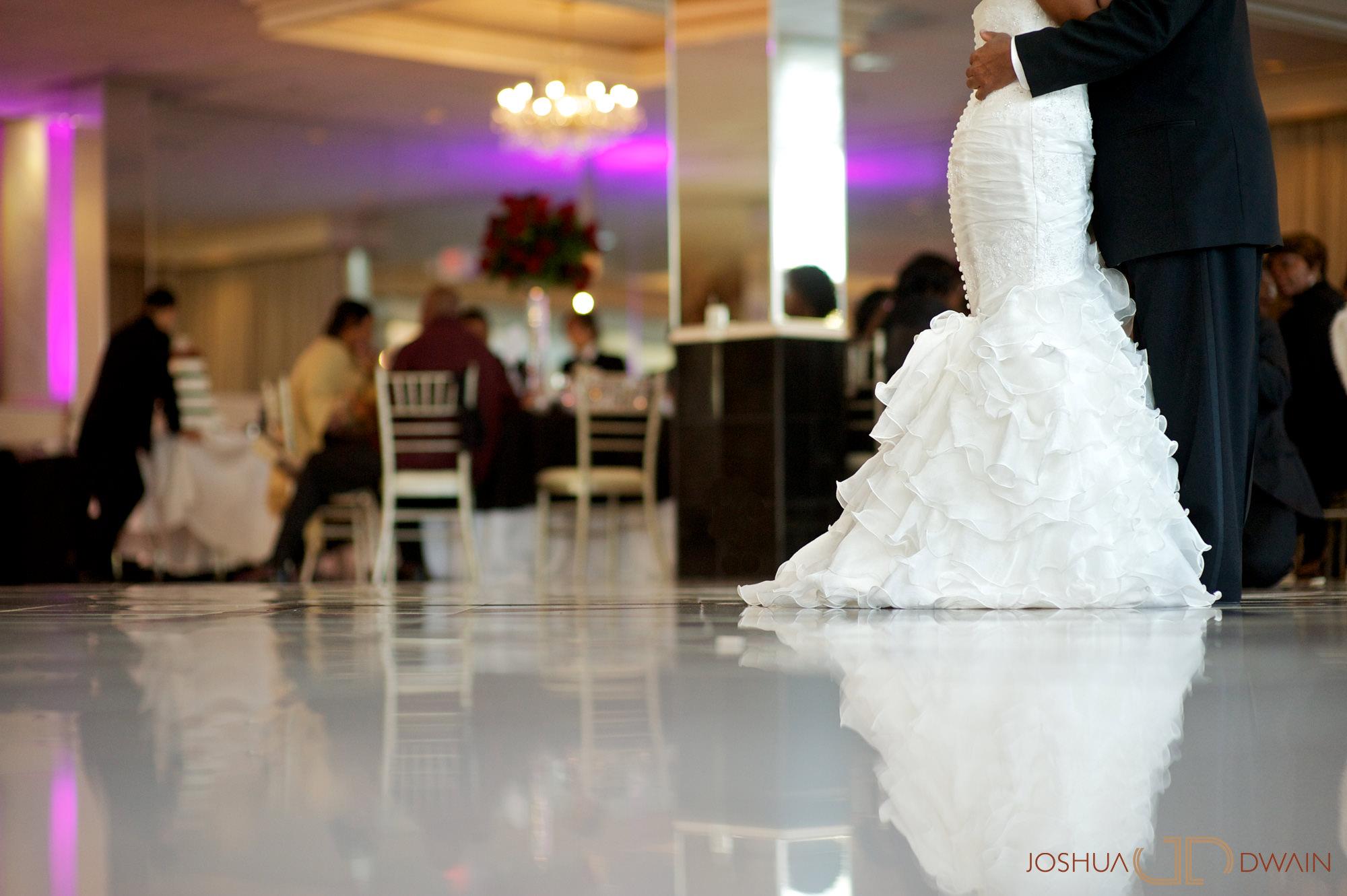 natifia-don-018-greentree-country-clubnew-rochelle-new-york-wedding-photographer-joshua-dwain-20101023_dn_0905