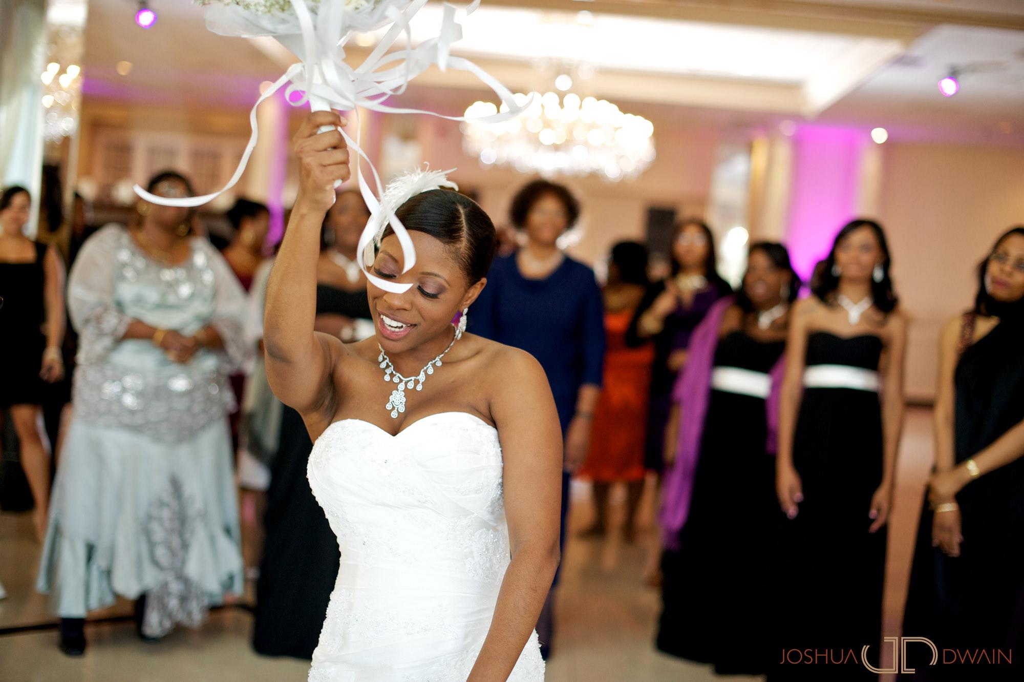 natifia-don-020-greentree-country-clubnew-rochelle-new-york-wedding-photographer-joshua-dwain-20101023_dn_0933