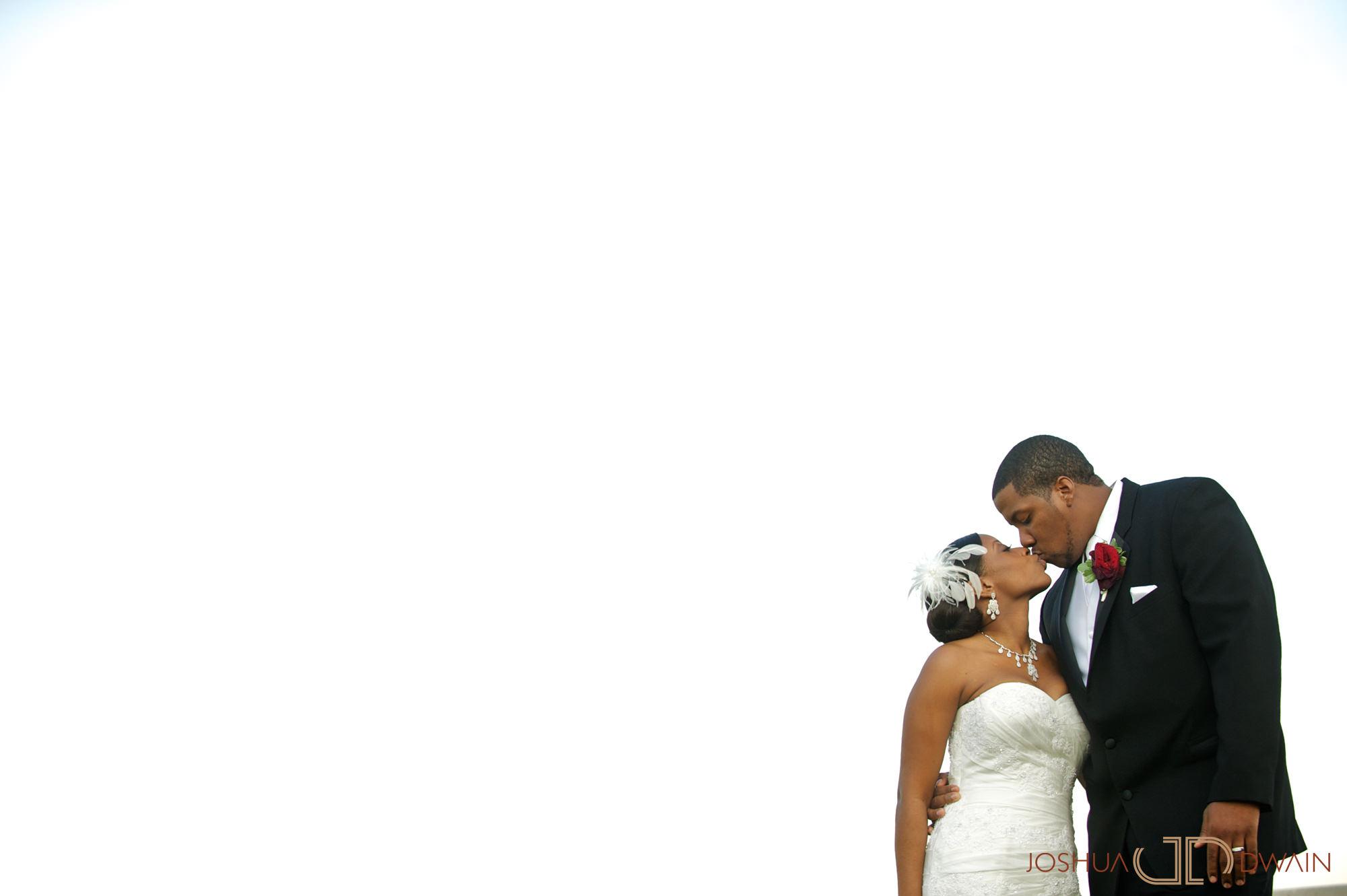 natifia-don-023-greentree-country-clubnew-rochelle-new-york-wedding-photographer-joshua-dwain-20101023_dn_0991