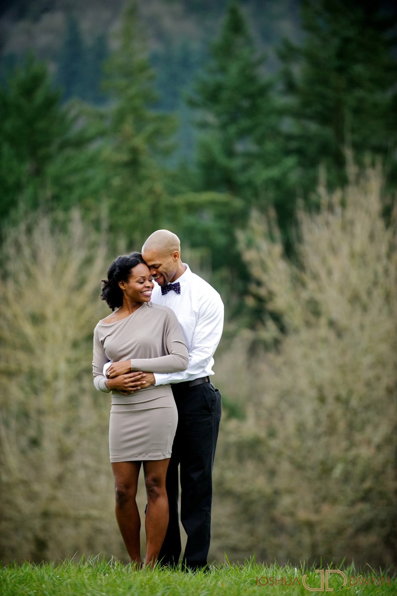 marnel-matthew--016-portland-oregon-engagement-photographer-joshua-dwain-20110305_mm_324