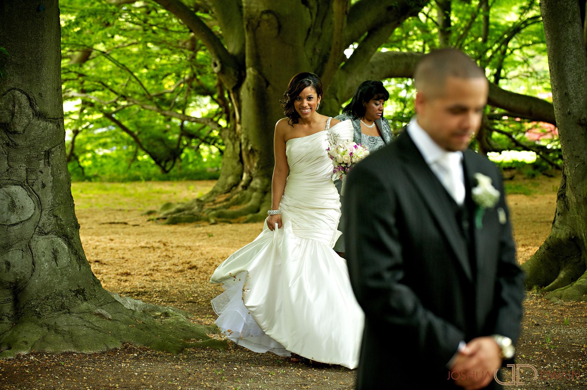 carolina-hector-007-chateau-briandlong-island-new-york-wedding-photographer-joshua-dwain-2011-05-13_ch_0330