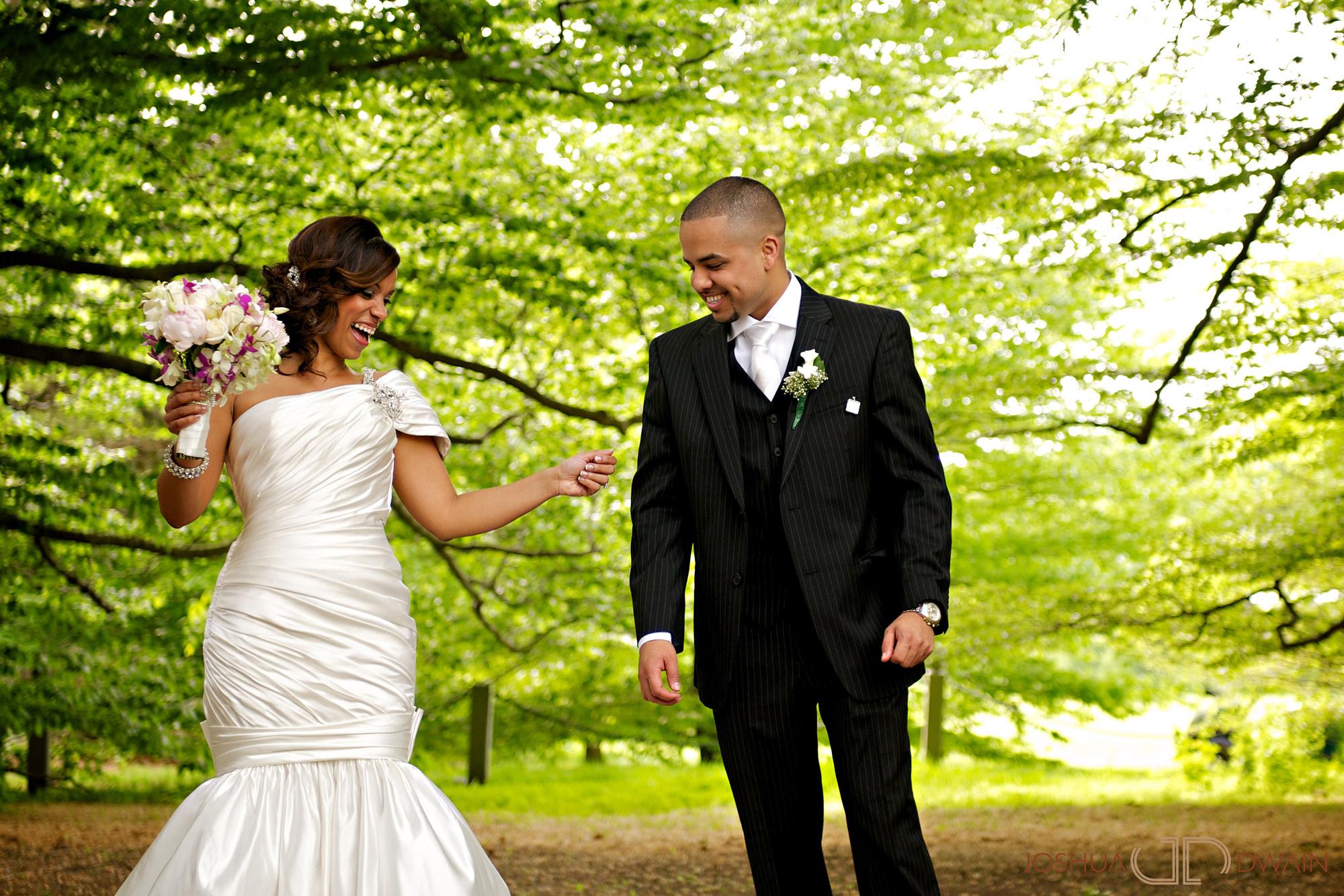 carolina-hector-010-chateau-briandlong-island-new-york-wedding-photographer-joshua-dwain-2011-05-13_ch_0351