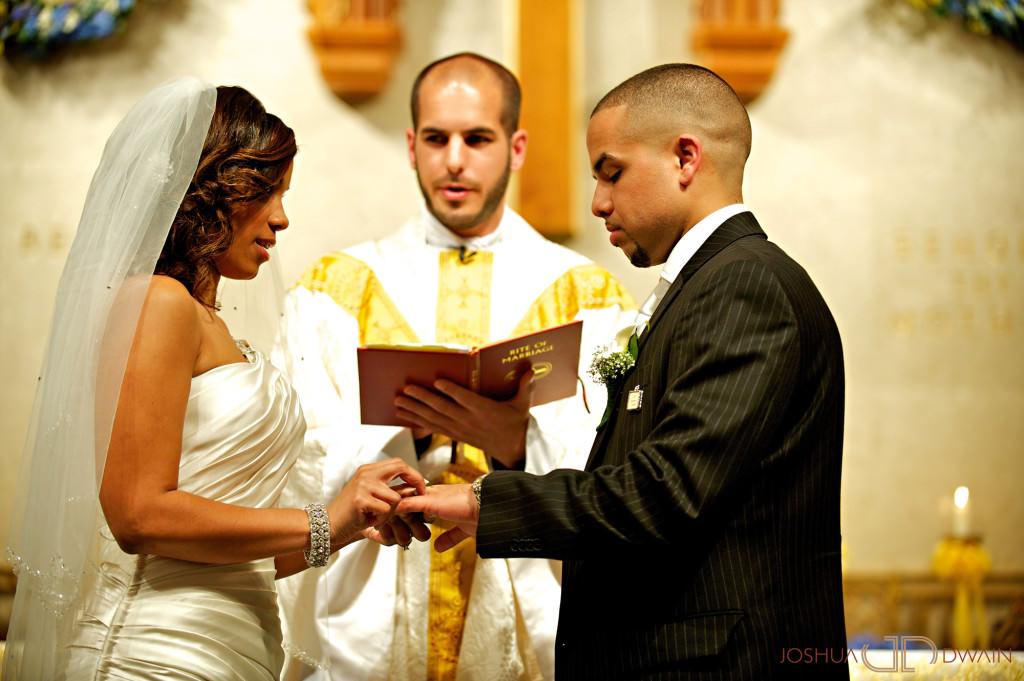 carolina-hector-020-chateau-briandlong-island-new-york-wedding-photographer-joshua-dwain-2011-05-13_ch_0578