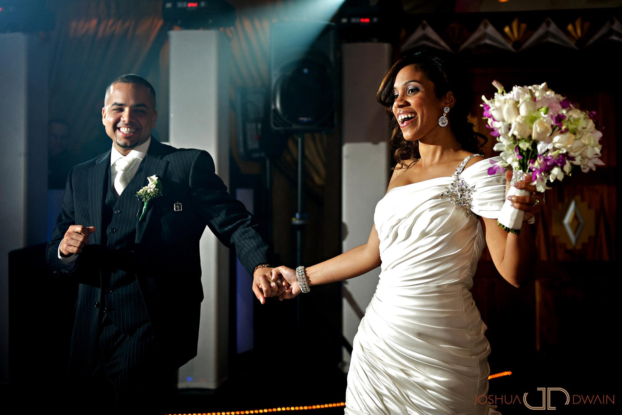 carolina-hector-027-chateau-briandlong-island-new-york-wedding-photographer-joshua-dwain-2011-05-13_ch_0706