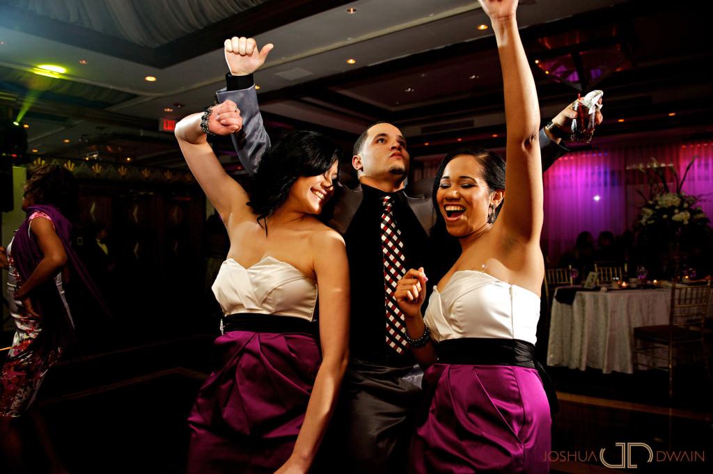 carolina-hector-029-chateau-briandlong-island-new-york-wedding-photographer-joshua-dwain-2011-05-13_ch_0820
