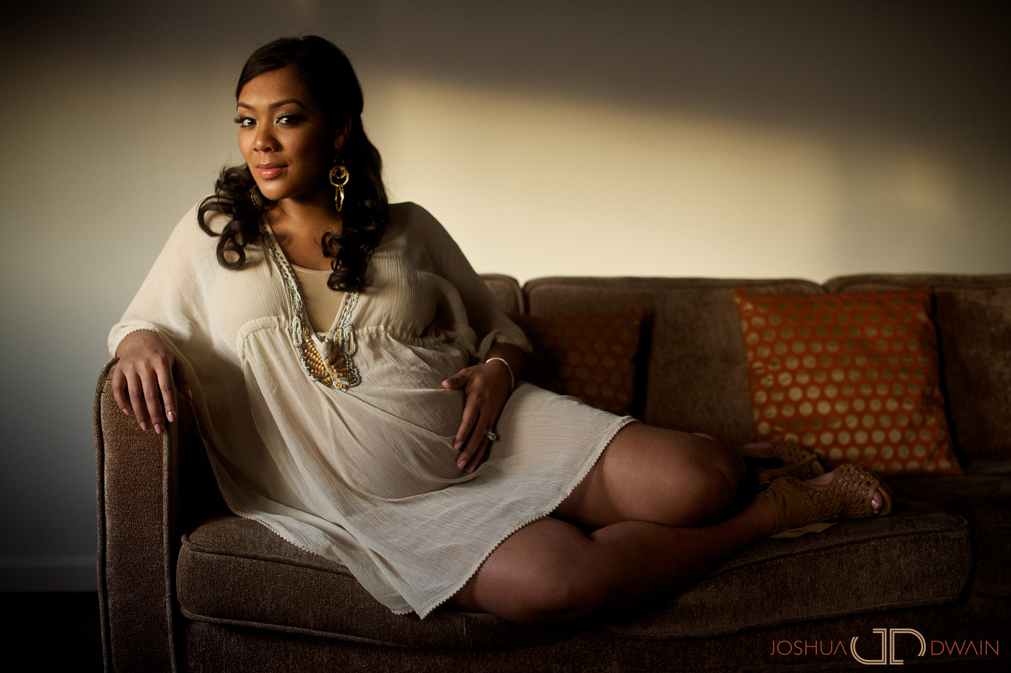 khadeen-ellis-018-new-york-city-maternity-photographer-joshua-dwain-2011-03-18_KD_185