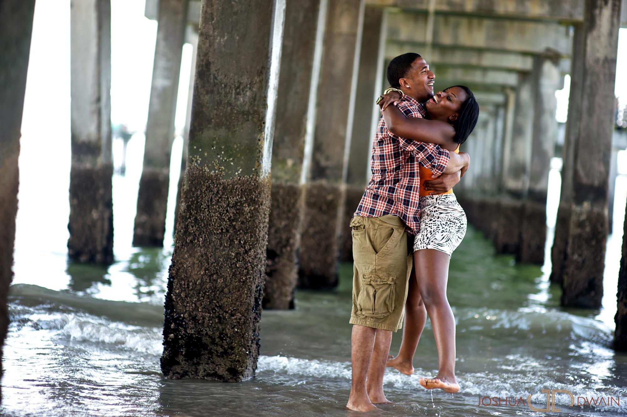 lucette-stephen-007-coney-island-brooklyn-ny-engagement-photographer-joshua-dwain-2011-07-02_ls_054
