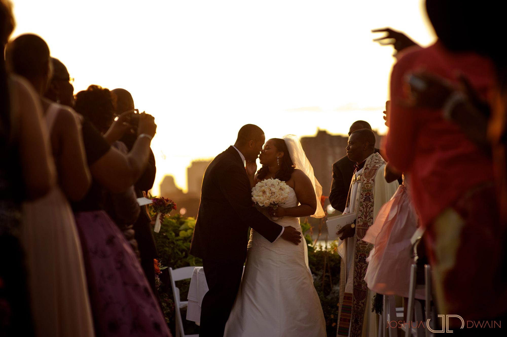 jessica-frank-018-giando-on-the-water-brooklyn-ny-wedding-photographer-joshua-dwain-2011-09-02_jf_415