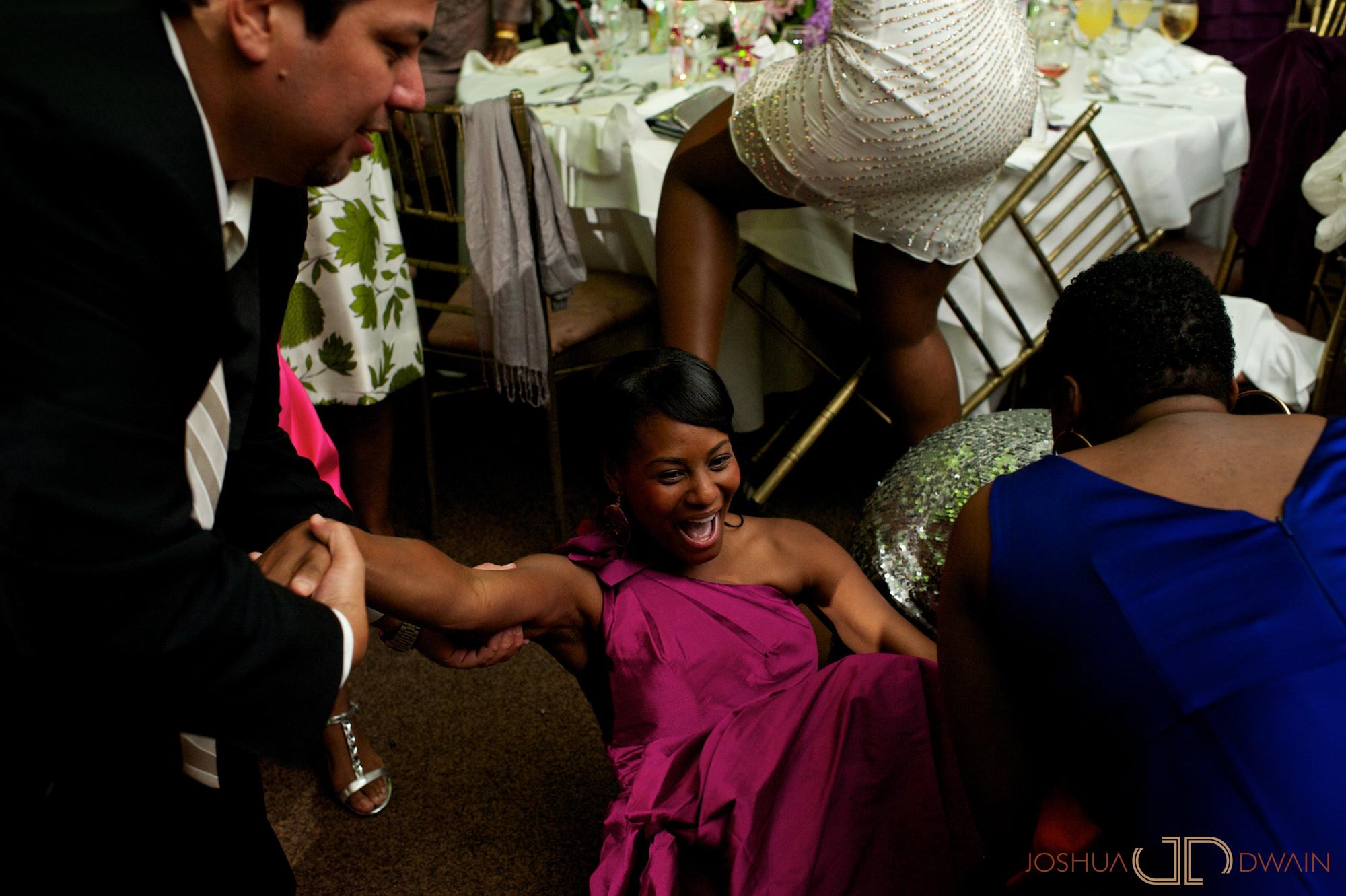 jessica-frank-022-giando-on-the-water-brooklyn-ny-wedding-photographer-joshua-dwain-2011-09-02_jf_594