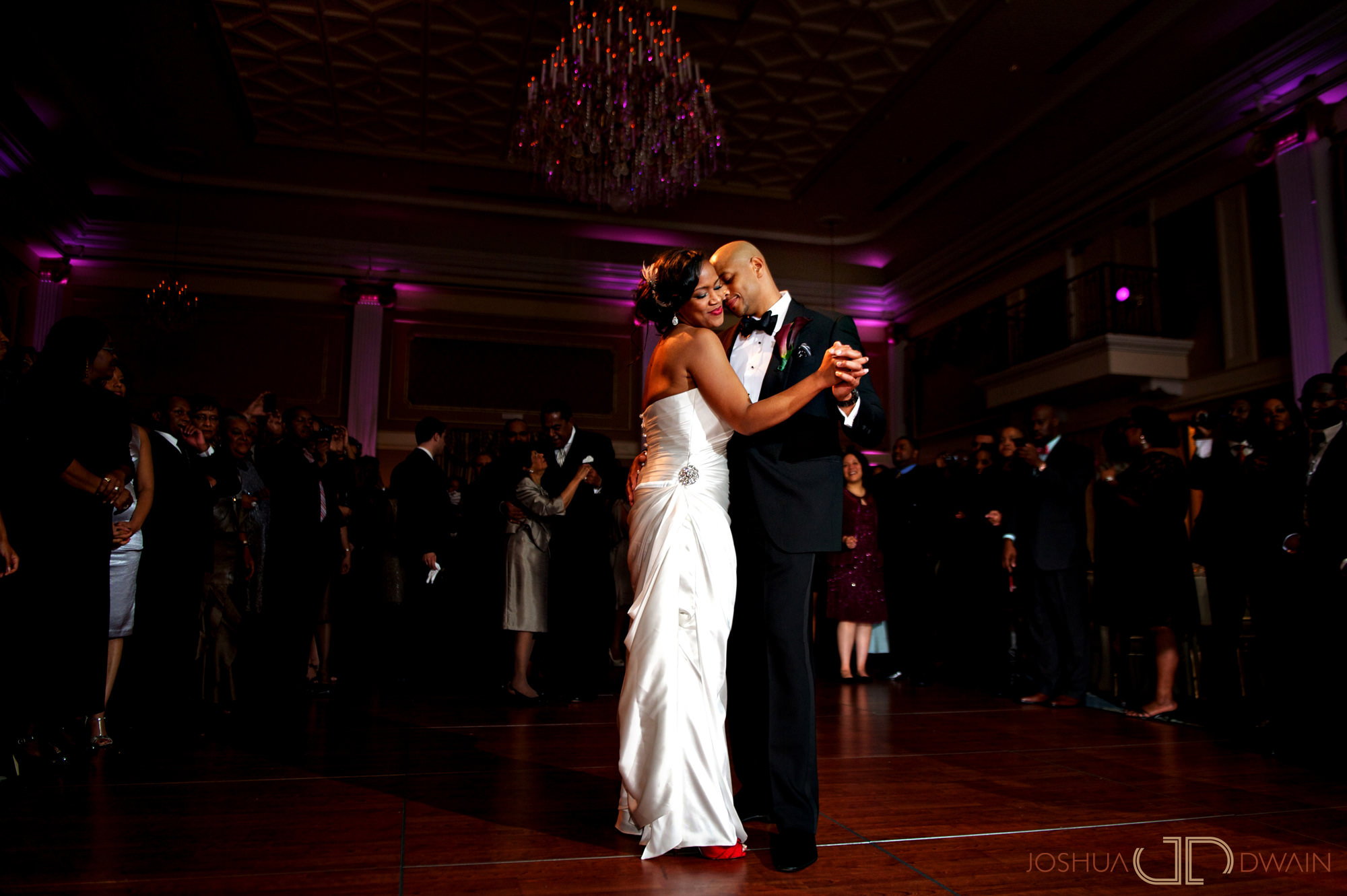 carol-shiloh-014-the-palace-somerset-new-jerseywedding-photographer-joshua-dwain-2011-11-25_cs_615