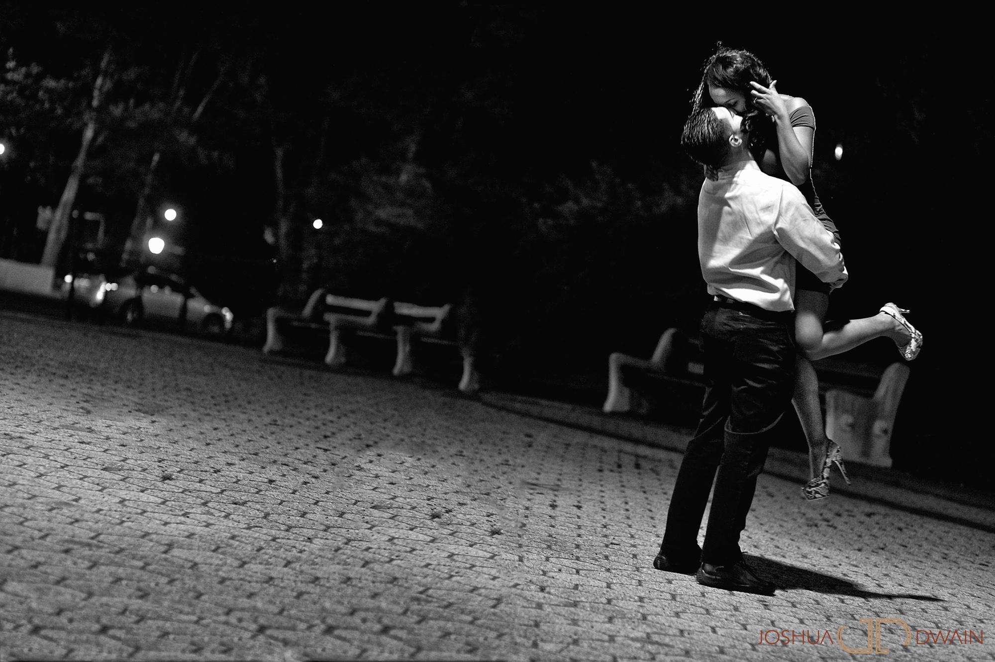 hyasmine-mohammed-001-movie-theaterbrooklyn-ny-engagement-photographer-joshua-dwain-2012-04-27_hm_151x