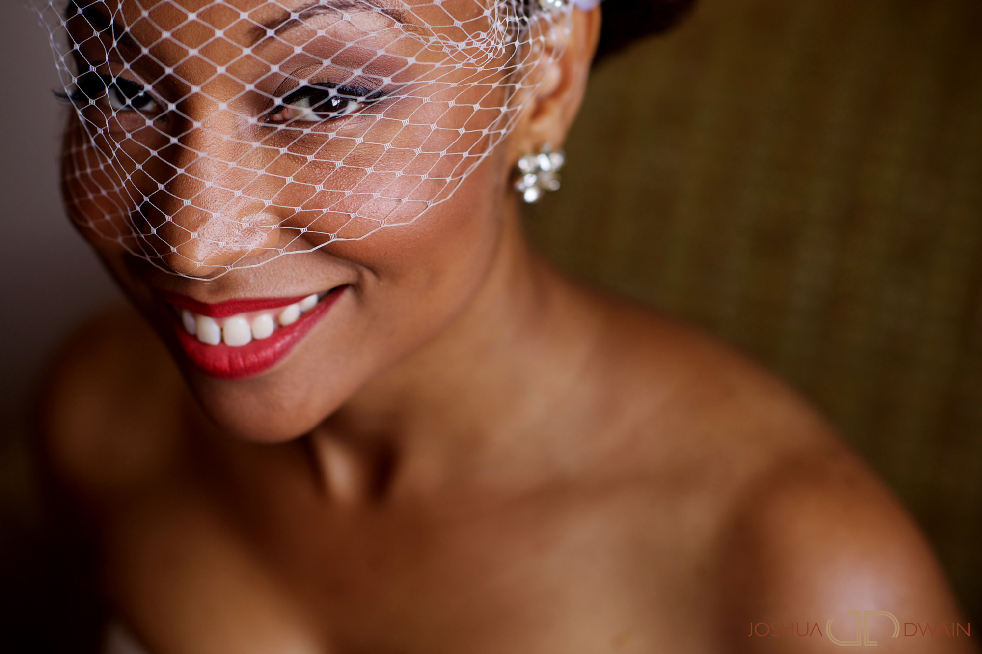 candra-alonza-005-holiday-inn-south-beach-miami-wedding-photographer-joshua-dwain-2012-07-28_ca_106