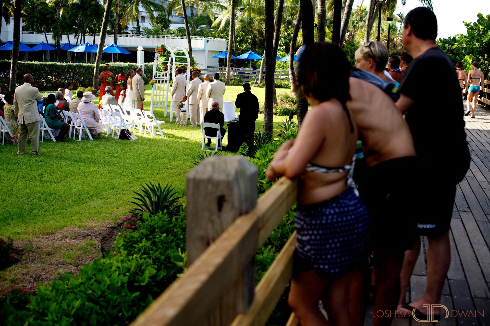 candra-alonza-007-holiday-inn-south-beach-miami-wedding-photographer-joshua-dwain-2012-07-28_ca_146