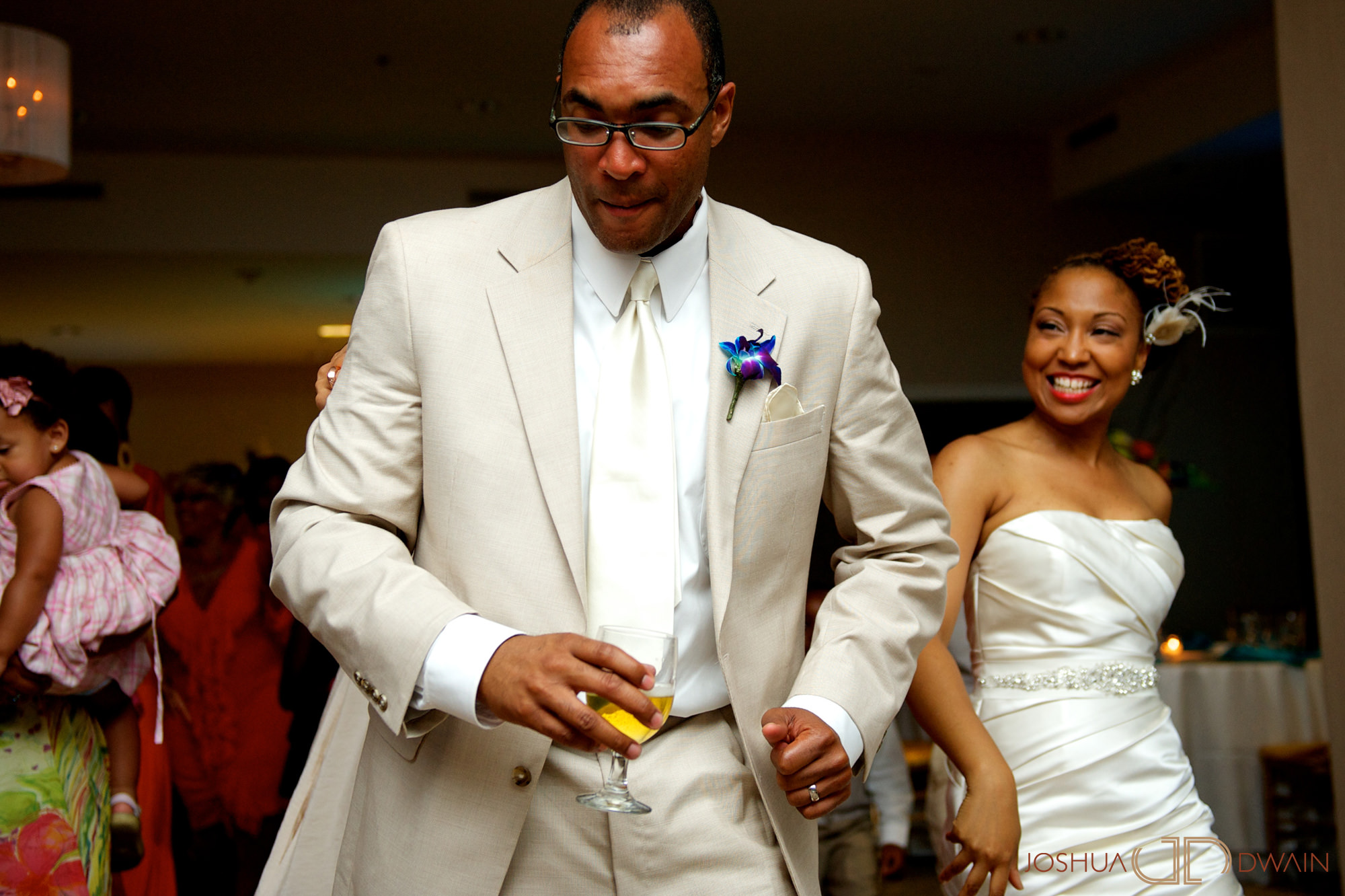 candra-alonza-012-holiday-inn-south-beach-miami-wedding-photographer-joshua-dwain-2012-07-28_ca_341
