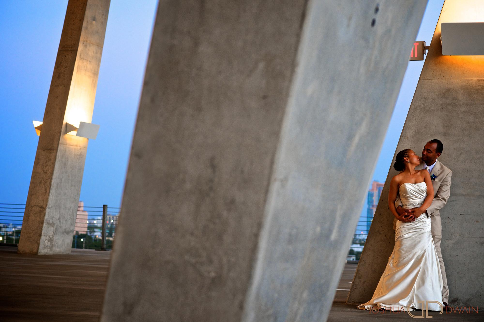 candra-alonza-018-holiday-inn-south-beach-miami-wedding-photographer-joshua-dwain-2012-07-29_ca_545