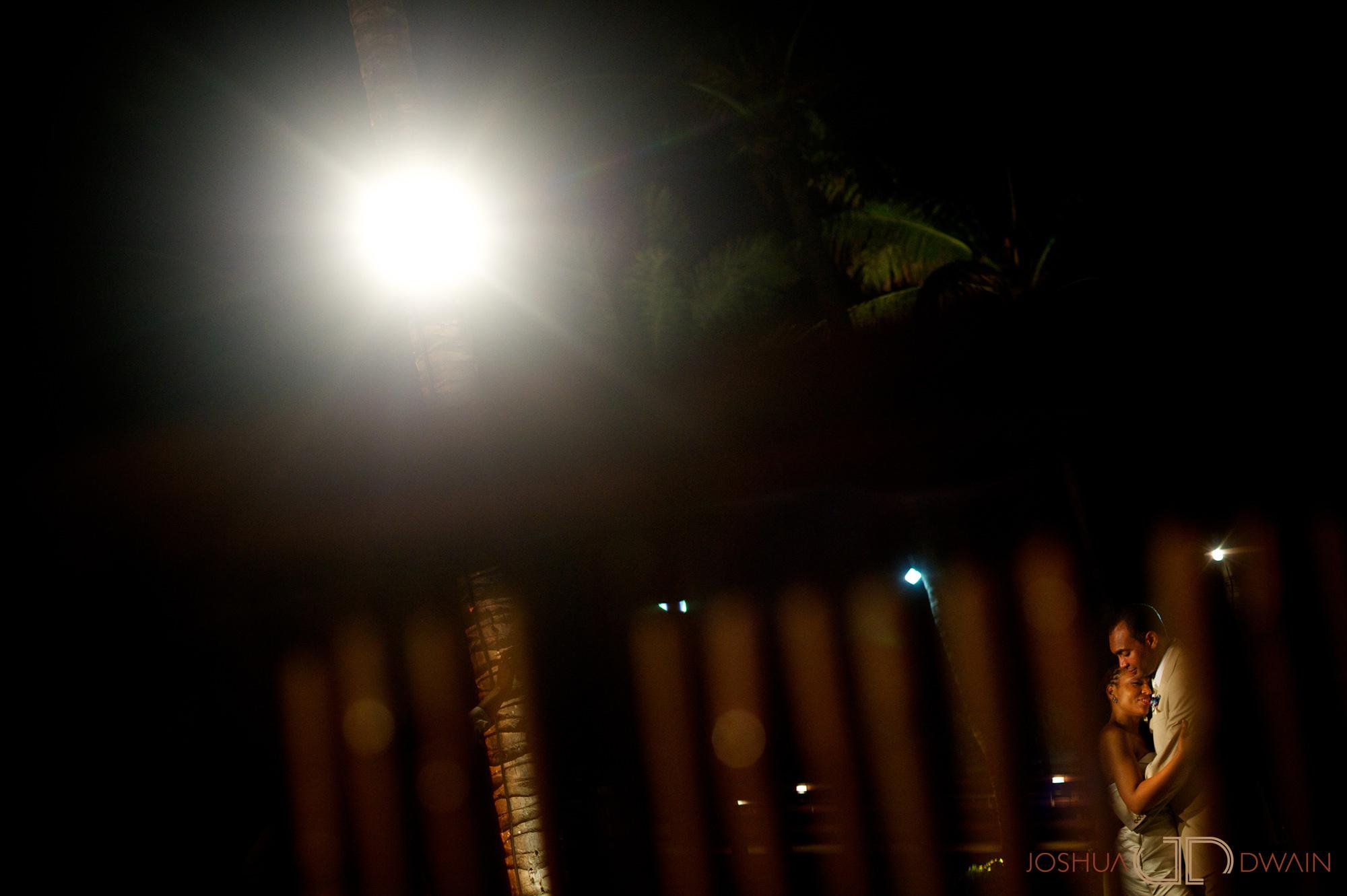 candra-alonza-019-holiday-inn-south-beach-miami-wedding-photographer-joshua-dwain-2012-07-28_ca_515