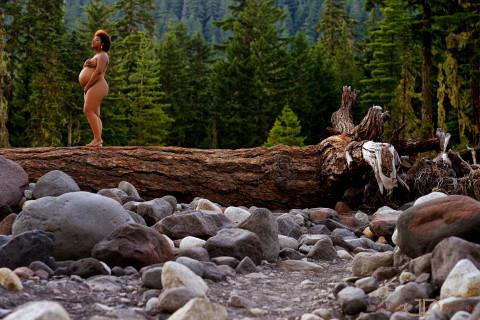latasha-001-Mt-Rainer-Washington-State-wedding-photographer-joshua-dwain