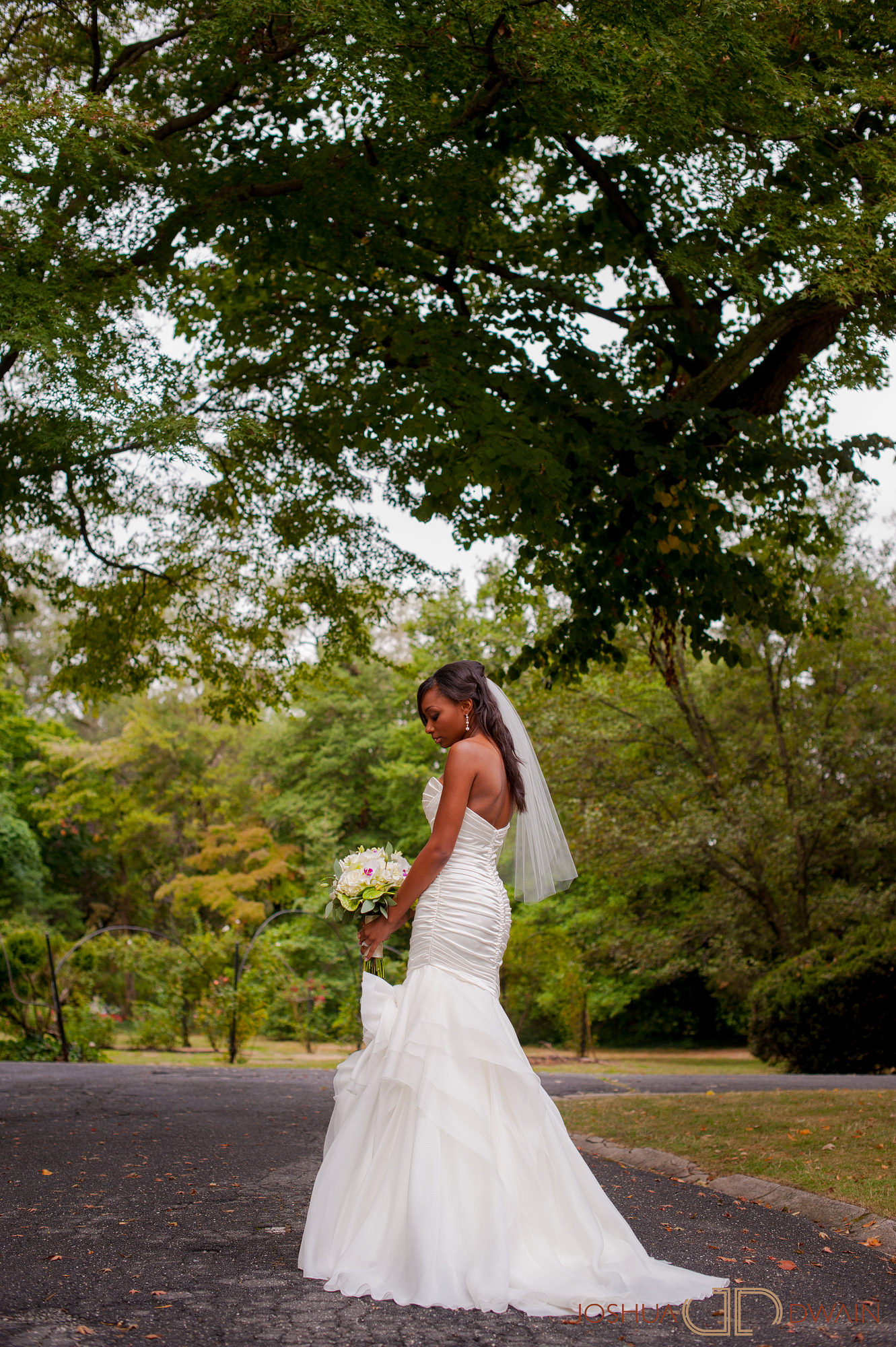 ingrid-keith-010-Glenn Foerd Mansion-philadelphia-wedding-photographer-joshua-dwain
