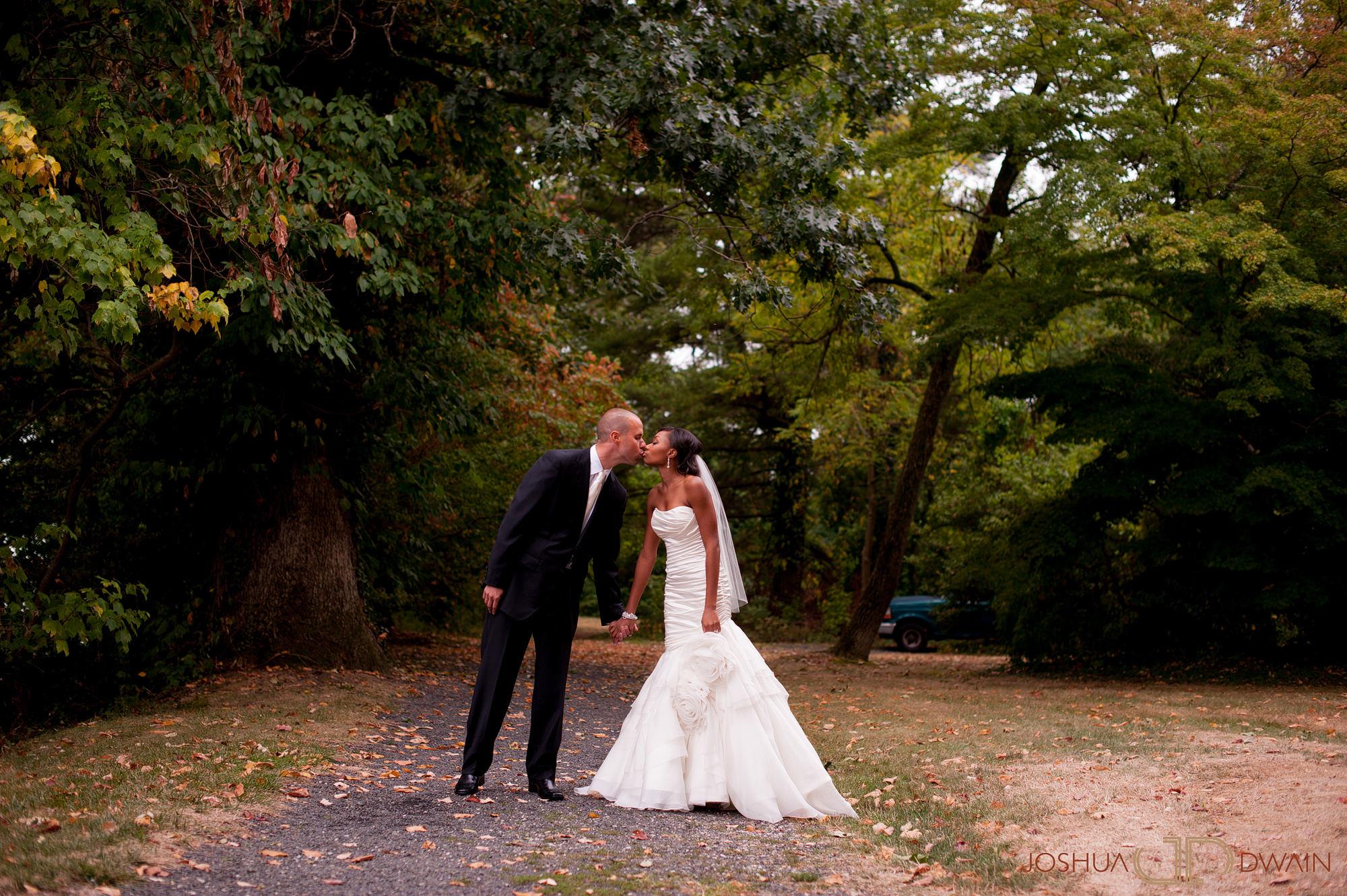 ingrid-keith-027-Glenn Foerd Mansion-philadelphia-wedding-photographer-joshua-dwain