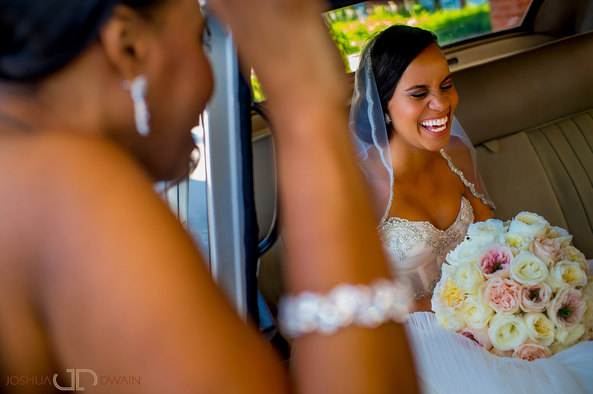 brandie-brendan-17-tarrytown-house-estate-conference-center-wedding-photos-joshua-dwain