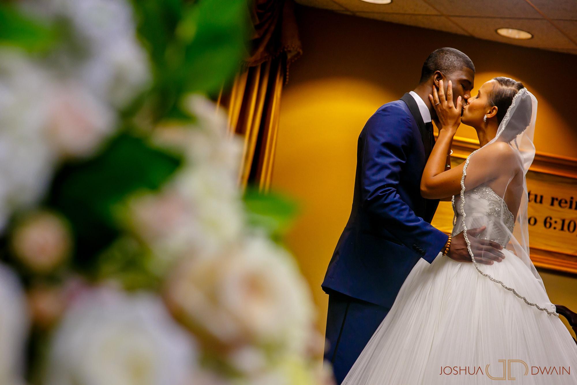 brandie-brendan-21-tarrytown-house-estate-conference-center-wedding-photos-joshua-dwain