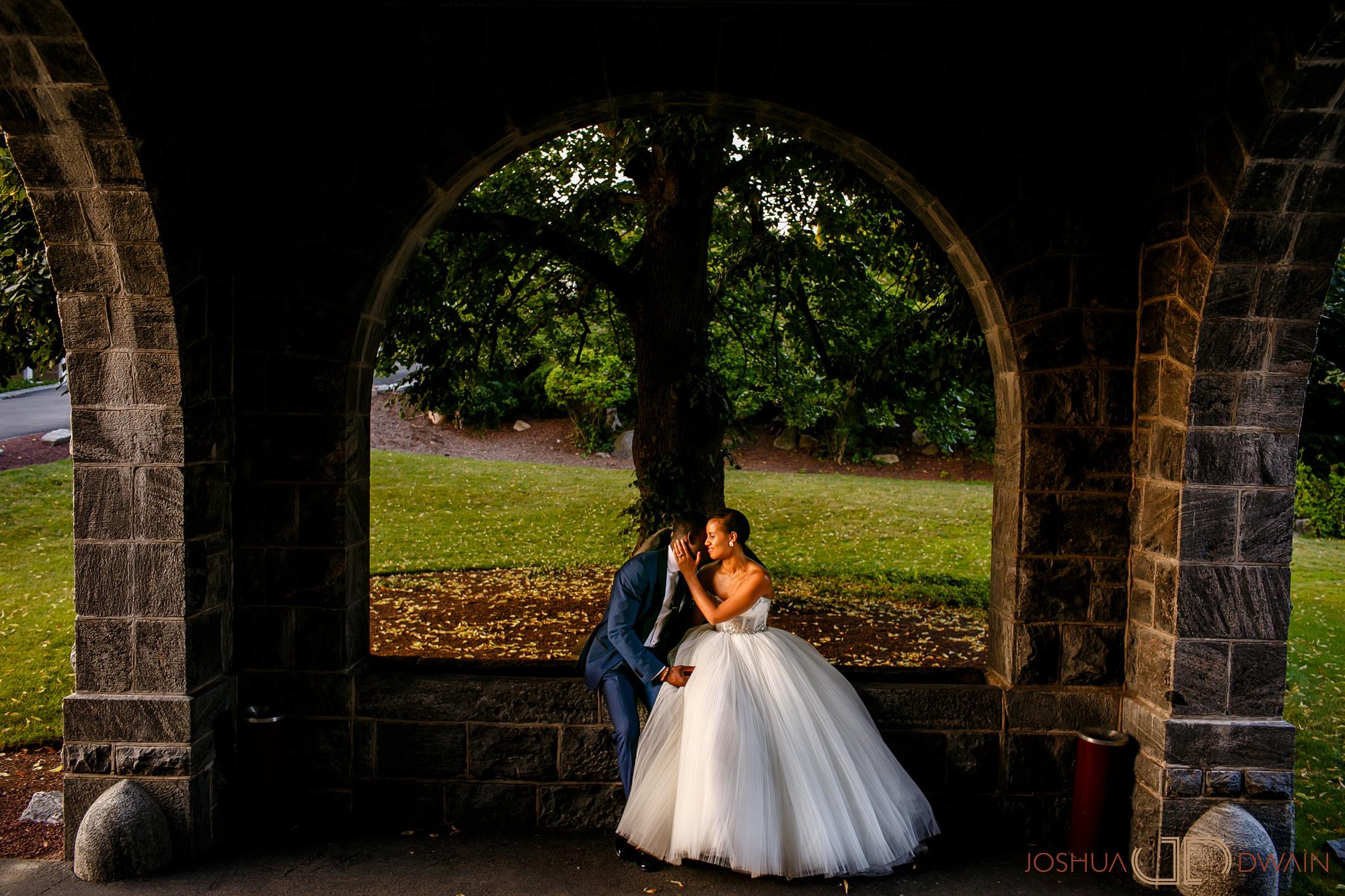 brandie-brendan-35-tarrytown-house-estate-conference-center-wedding-photos-joshua-dwain