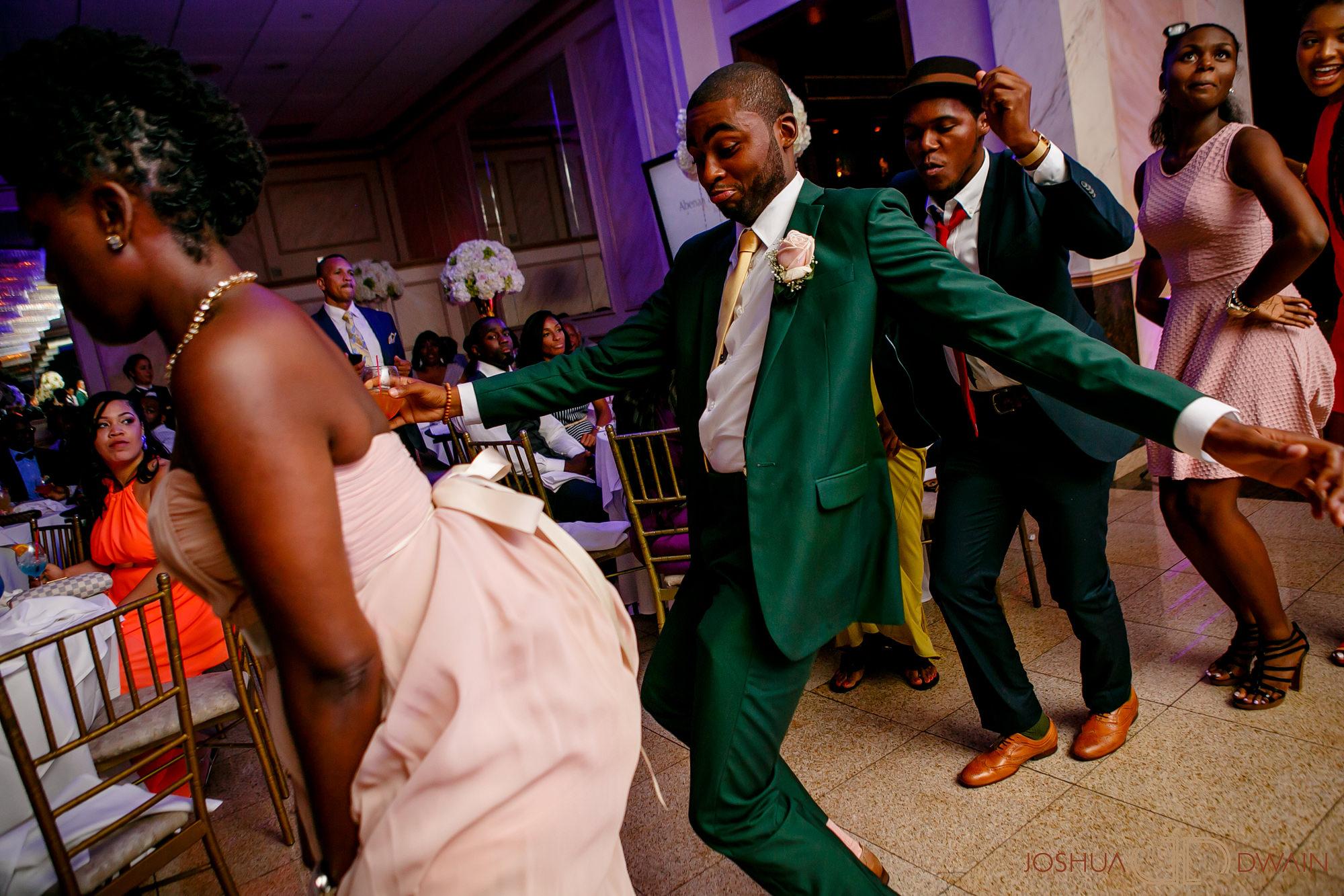abeena-harold-014-giandos-on-the-water-brooklyn-new-york-wedding-photographer-joshua-dwain