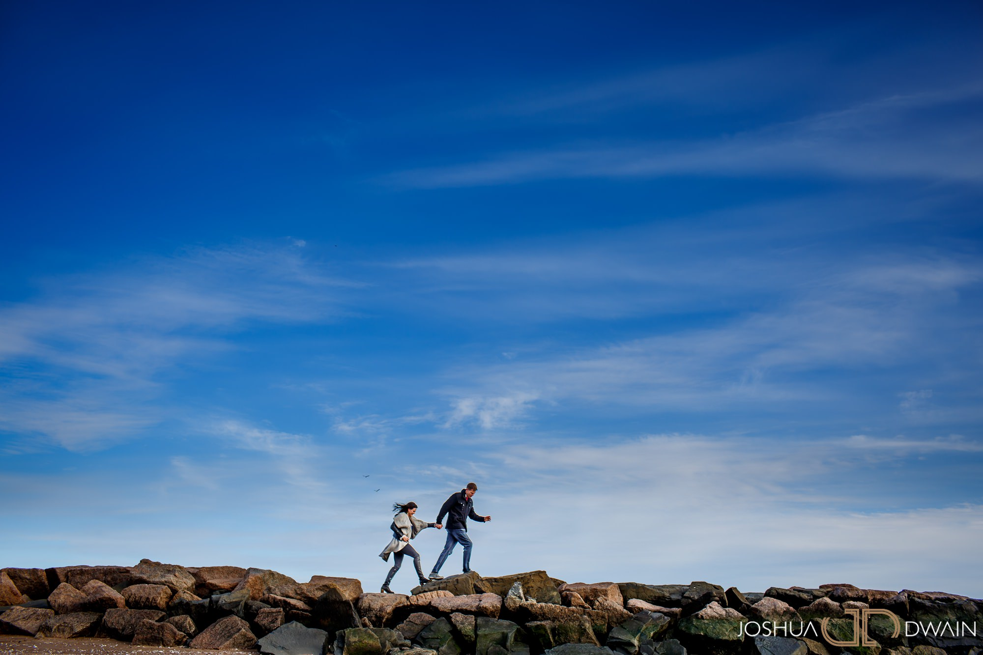 gina-michael-01-lighthouse-point-park-engagement-photos-matthew-ellis-joshua-dwain