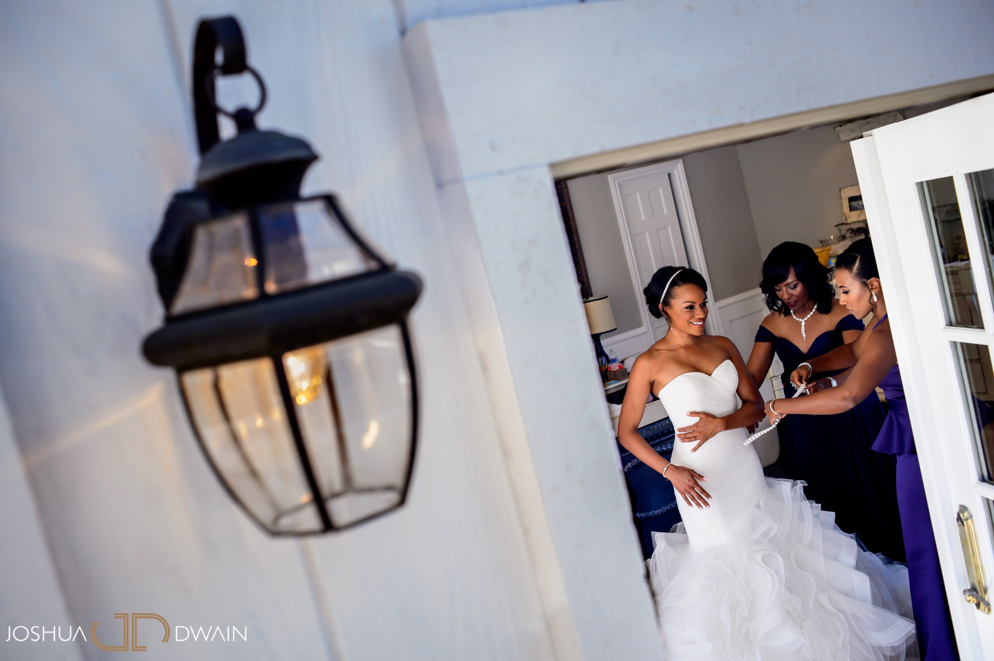 briana-donovan-05-leal-vineyards-winery-wedding-san-francisico-wedding-photographer-joshua-dwain