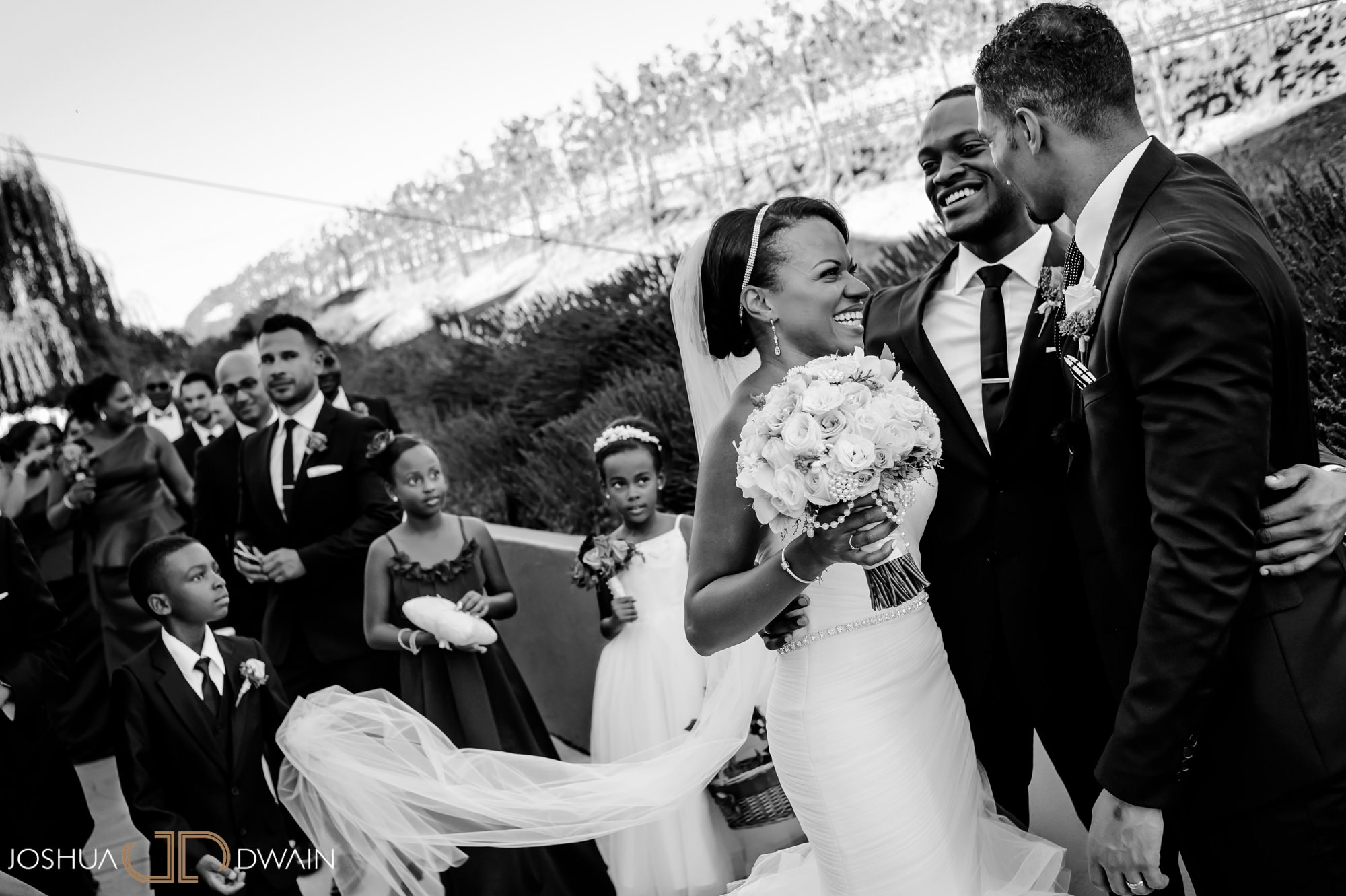 briana-donovan-21-leal-vineyards-winery-wedding-san-francisico-wedding-photographer-joshua-dwain