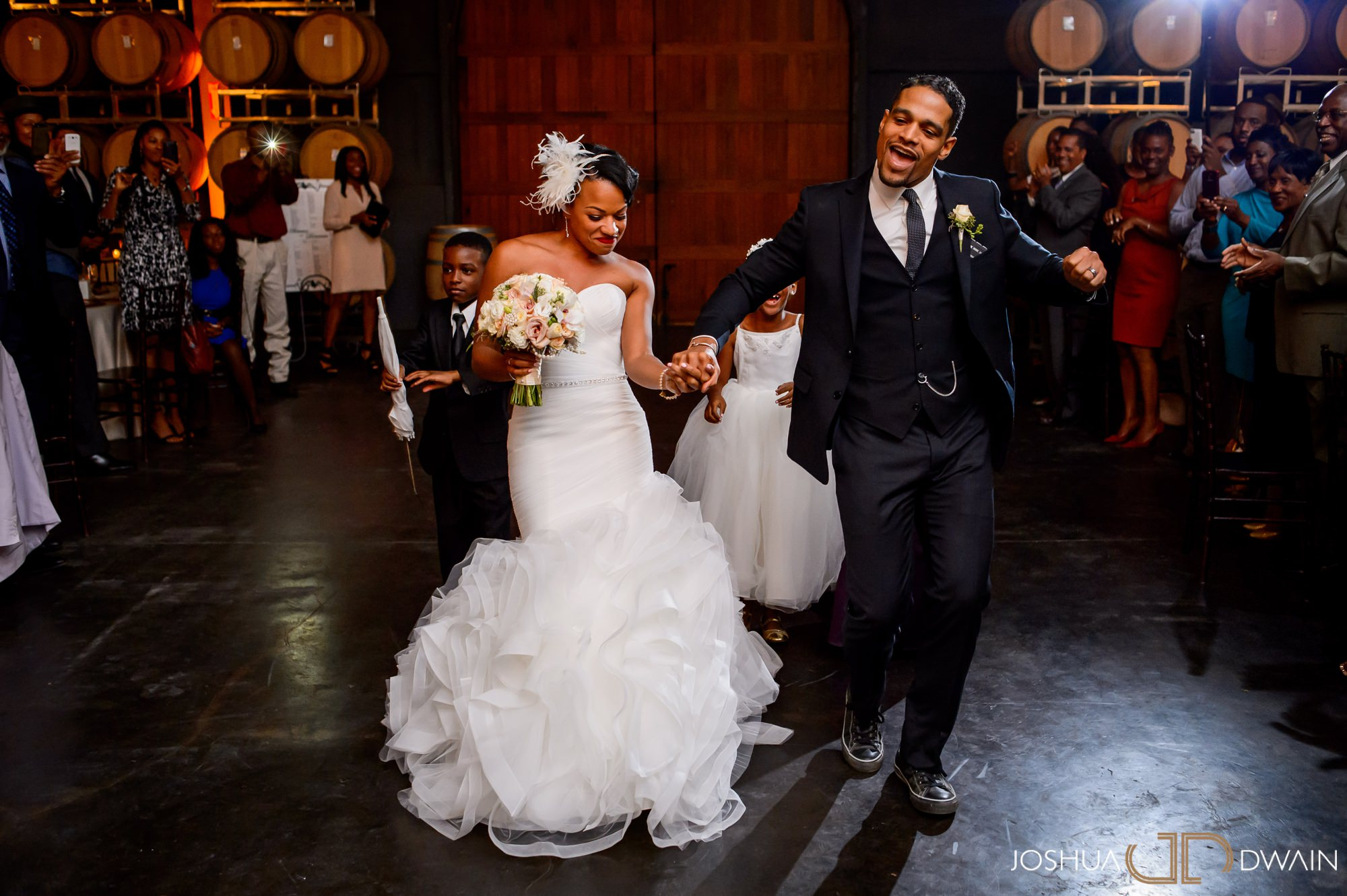 briana-donovan-28-leal-vineyards-winery-wedding-san-francisico-wedding-photographer-joshua-dwain