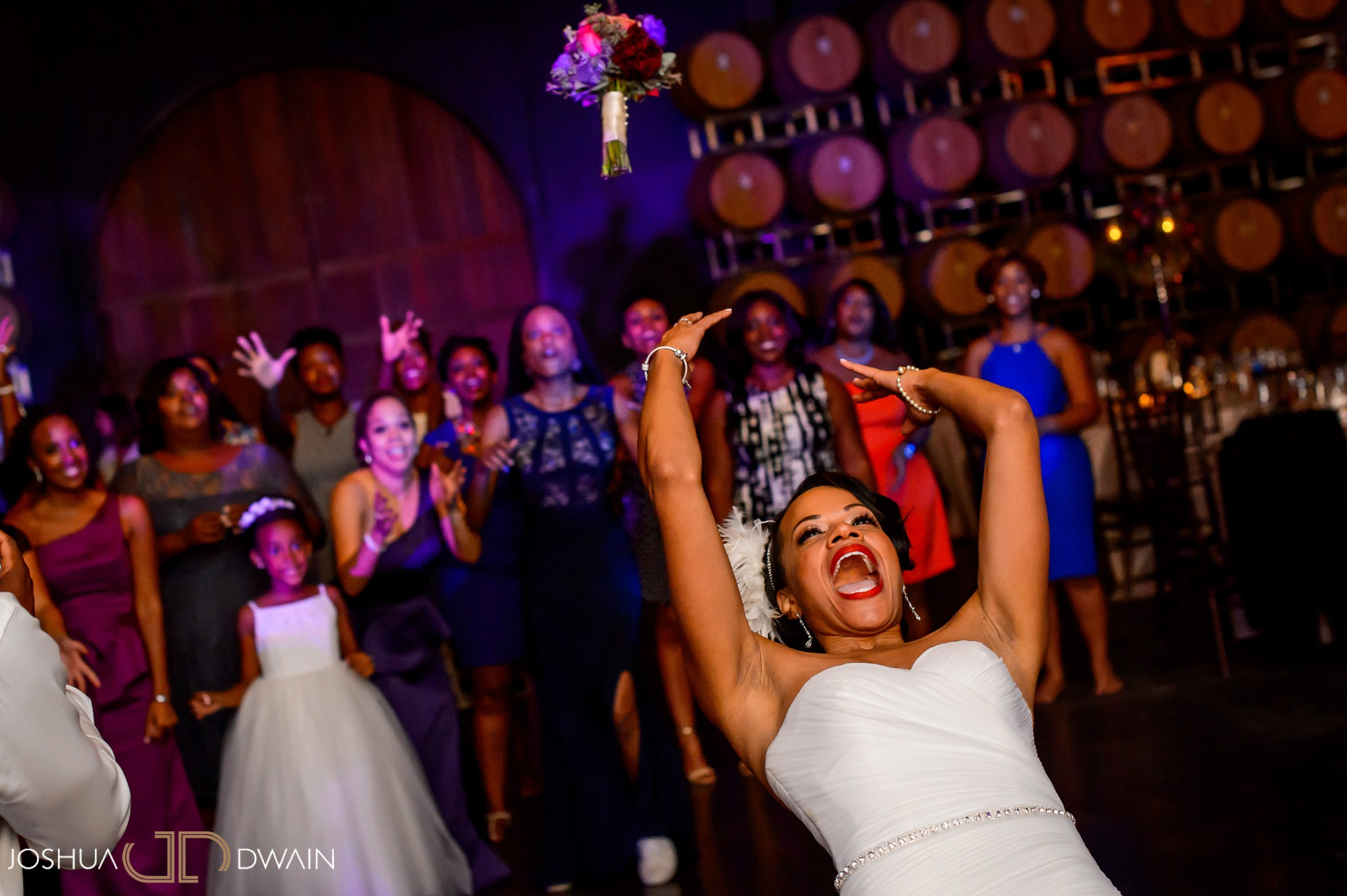 briana-donovan-37-leal-vineyards-winery-wedding-san-francisico-wedding-photographer-joshua-dwain