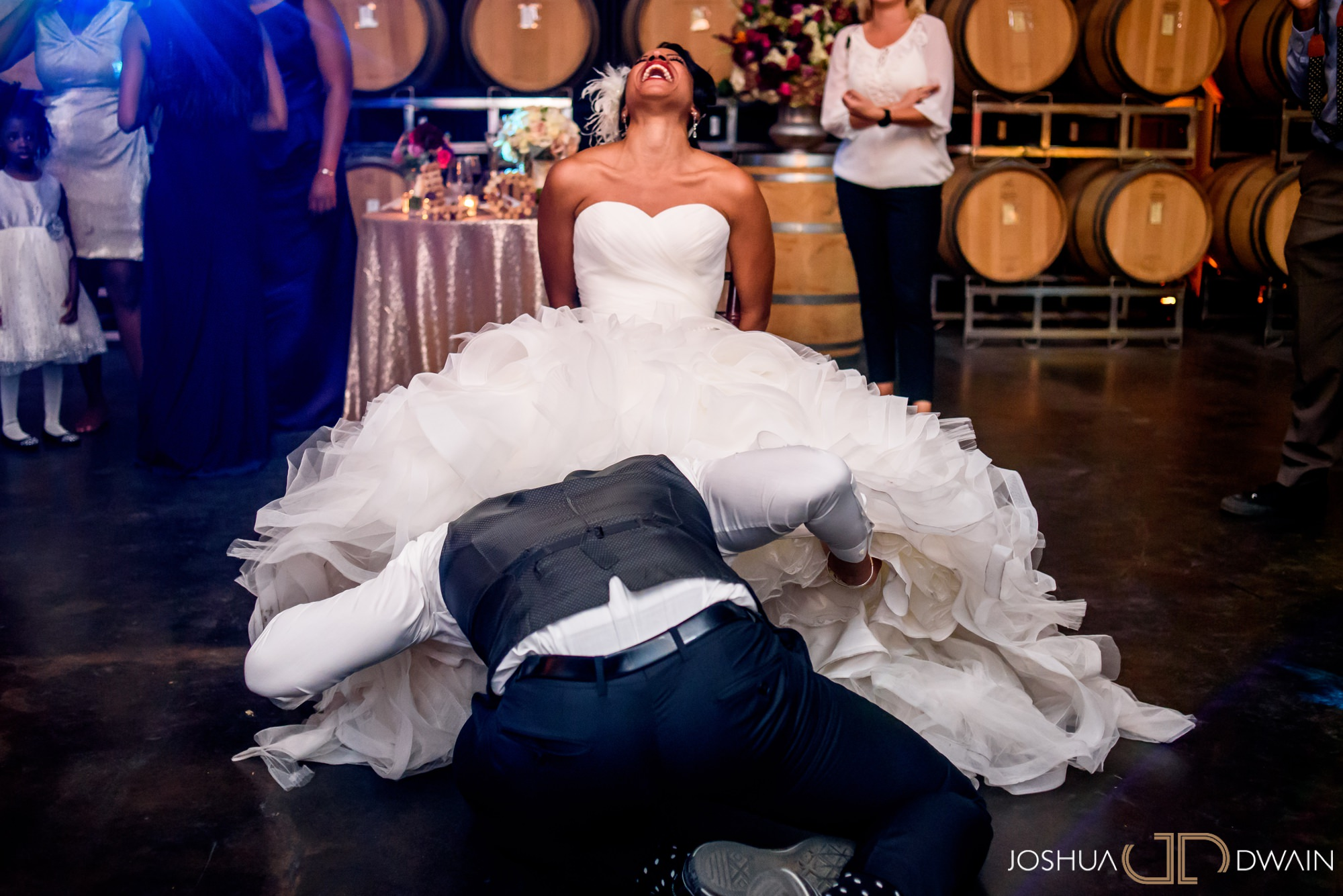 briana-donovan-38-leal-vineyards-winery-wedding-san-francisico-wedding-photographer-joshua-dwain