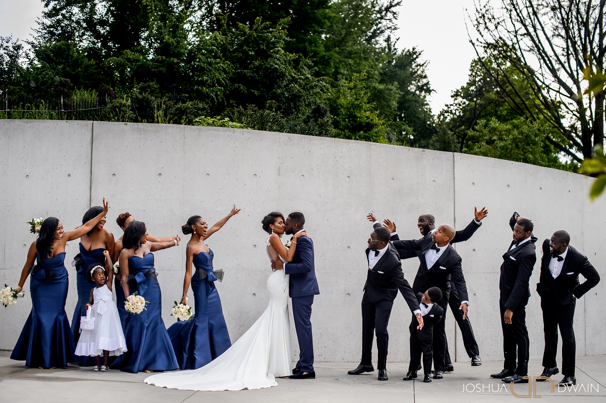 alicia-kola-024-brooklyn-botanical-garden-atrium-wedding-photos-joshua-dwain