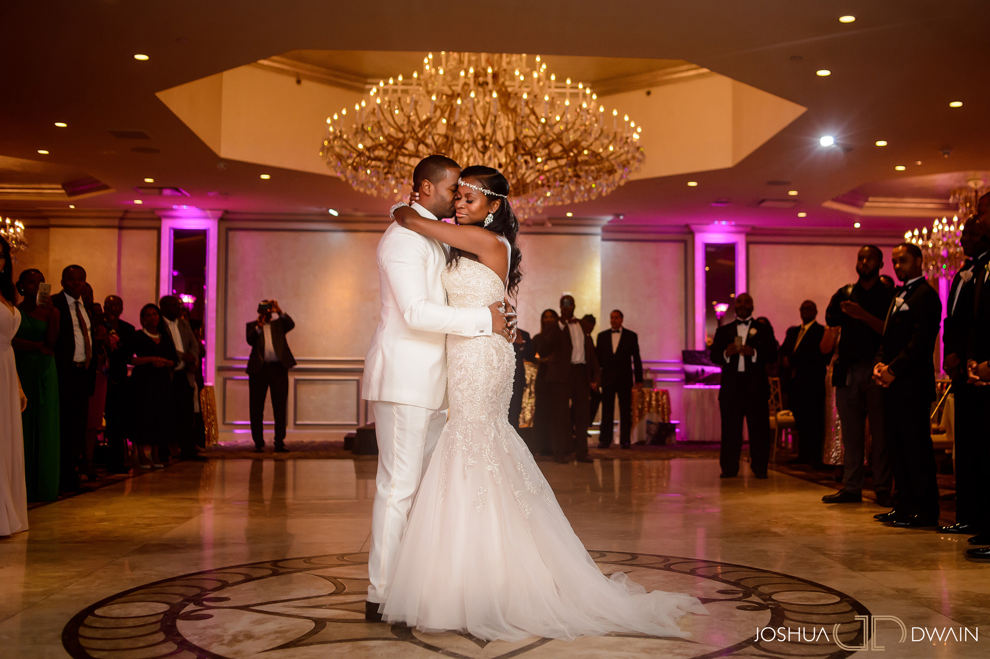sandra-otwan-036-surf-club-new-rochelle-wedding-joshua-dwain-photos