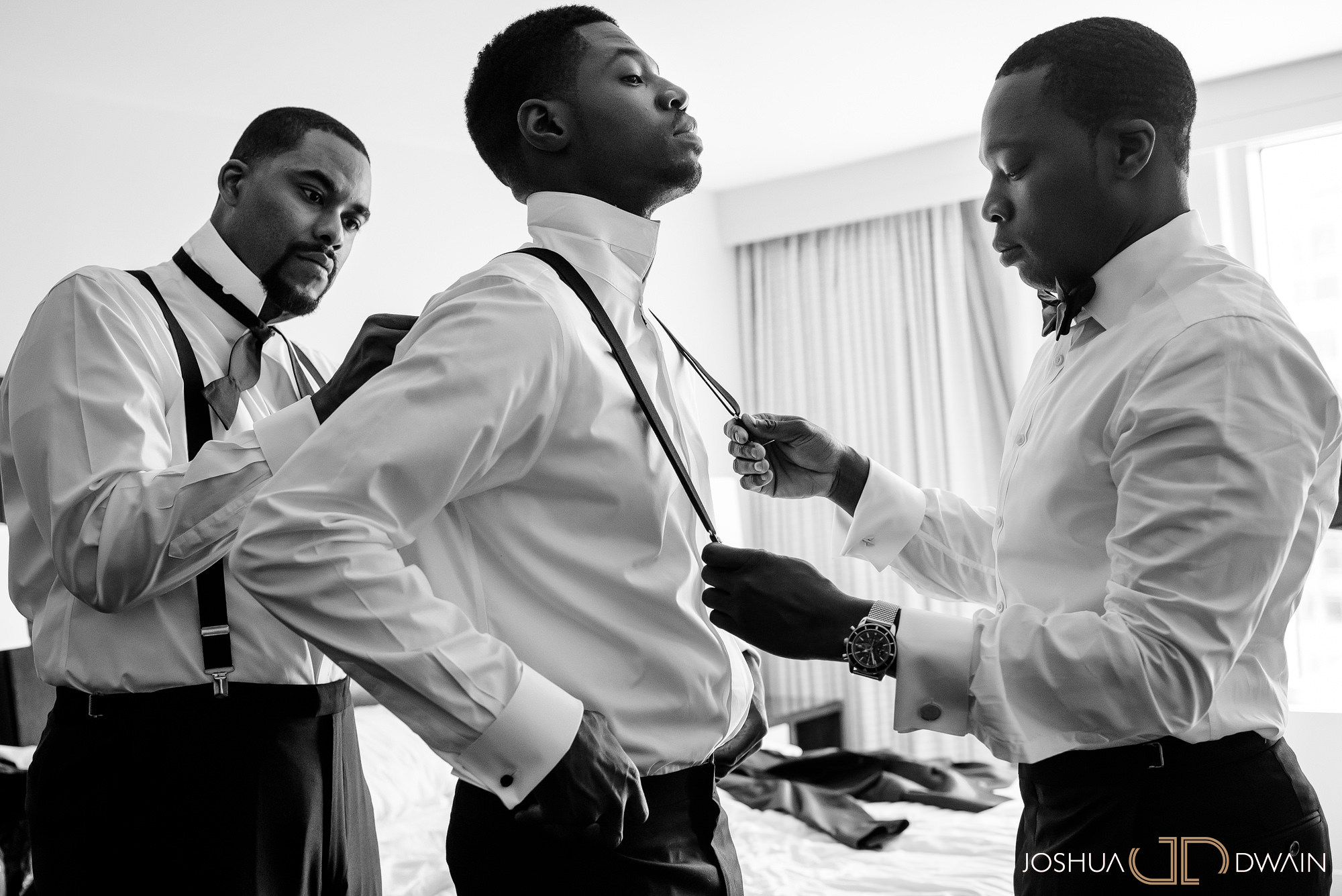 emerald-tolu--006-ronald-reagan-building-trade-center-best-washington-dc--wedding-photographer-joshua-dwain