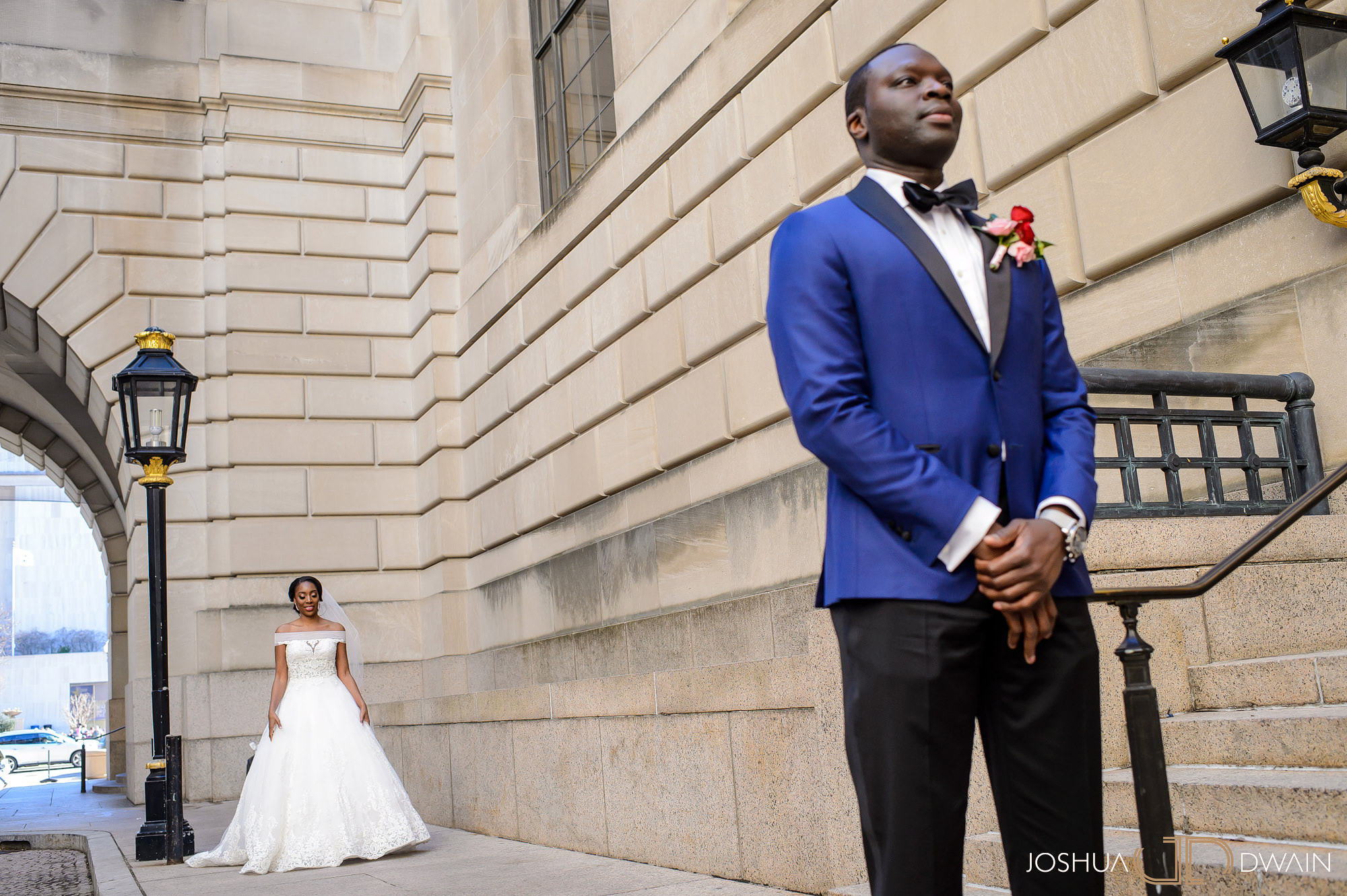 emerald-tolu--019-ronald-reagan-building-trade-center-best-washington-dc--wedding-photographer-joshua-dwain