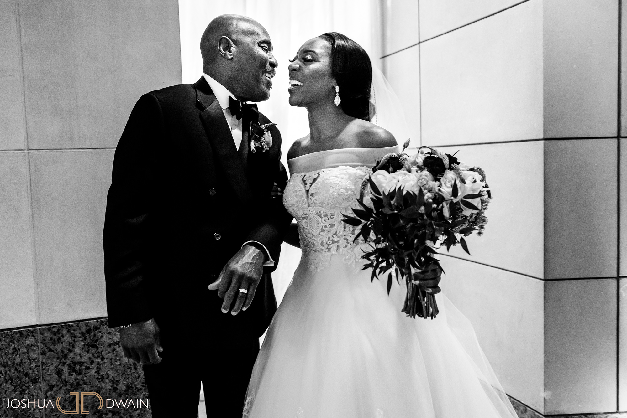 emerald-tolu--027-ronald-reagan-building-trade-center-best-washington-dc--wedding-photographer-joshua-dwain