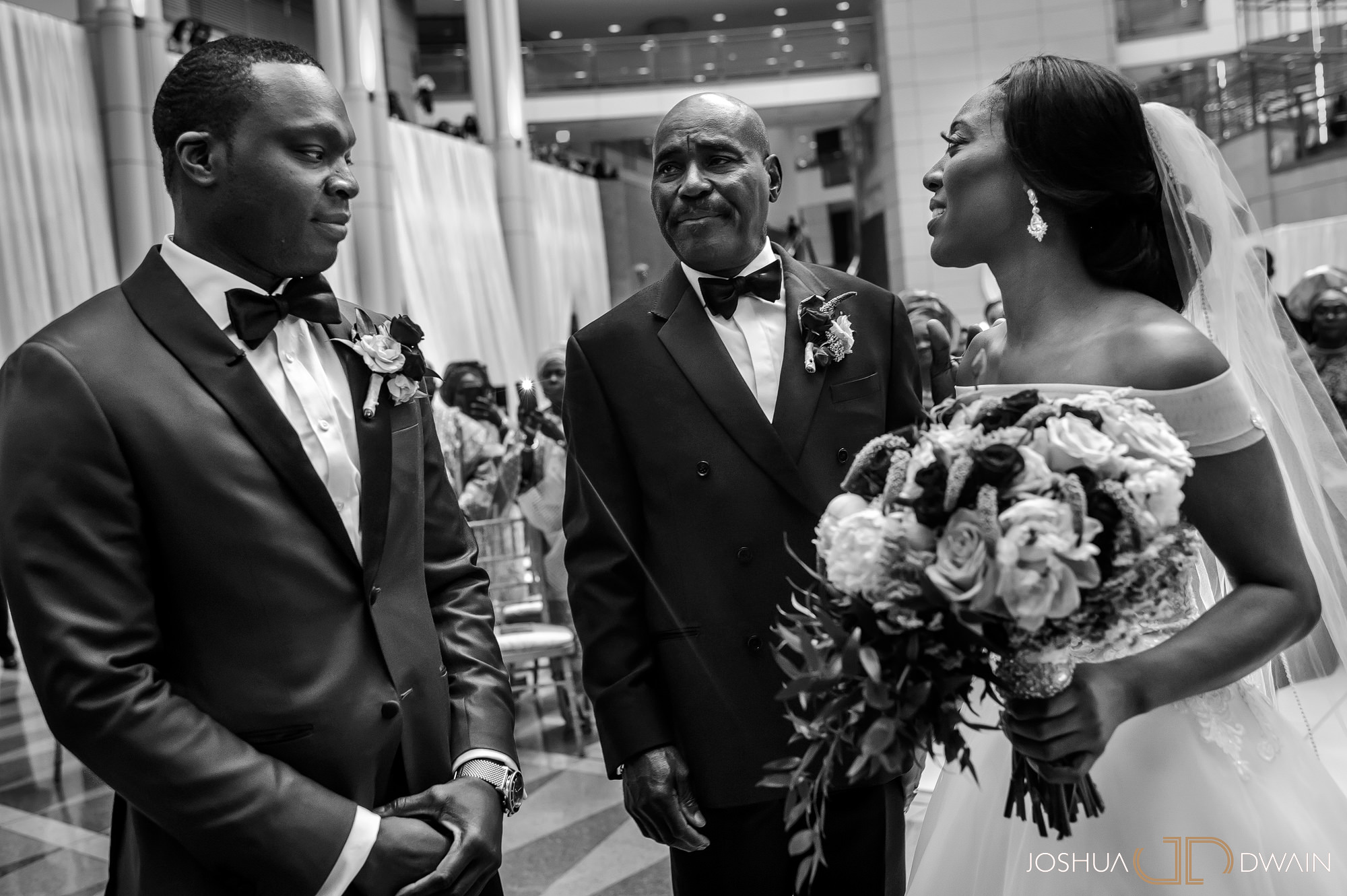 emerald-tolu--030-ronald-reagan-building-trade-center-best-washington-dc--wedding-photographer-joshua-dwain