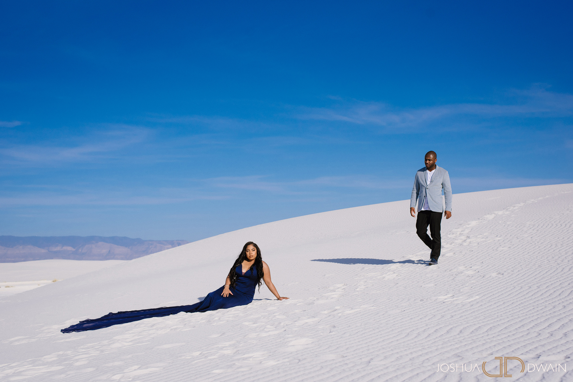 brianna-william-05-white-sands-monument-national-park-new-mexico-engagement-photographer-joshua-dwain-