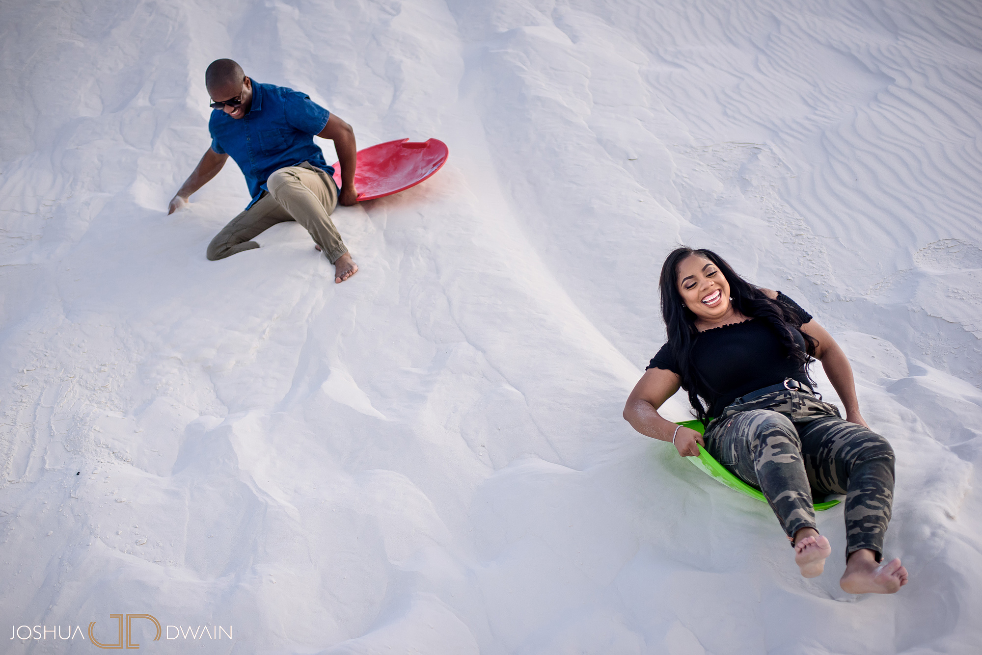 brianna-william-09-white-sands-monument-national-park-new-mexico-engagement-photographer-joshua-dwain-
