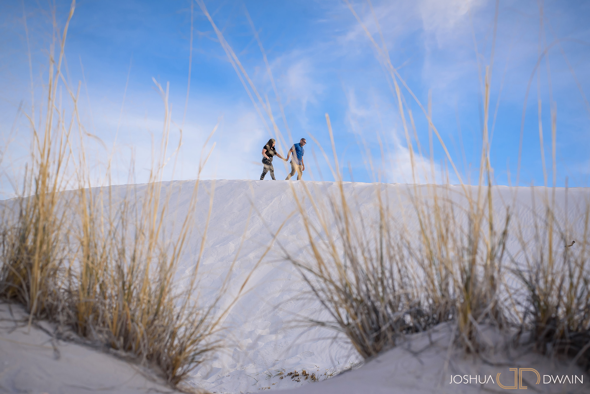 brianna-william-15-white-sands-monument-national-park-new-mexico-engagement-photographer-joshua-dwain-
