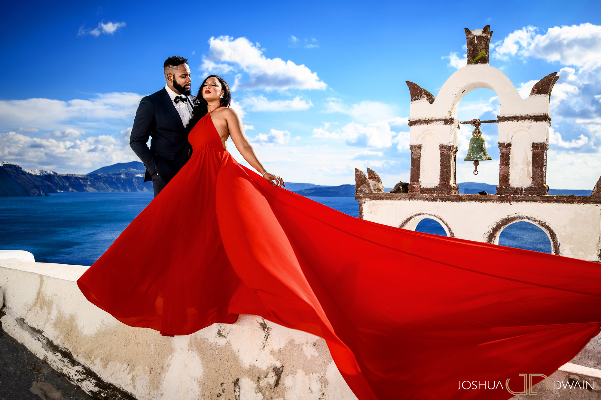 ekene-issac-02-santorini-oia-thira-greece-wedding-engagement-photos-african-american-destination-photographer-joshua-dwain