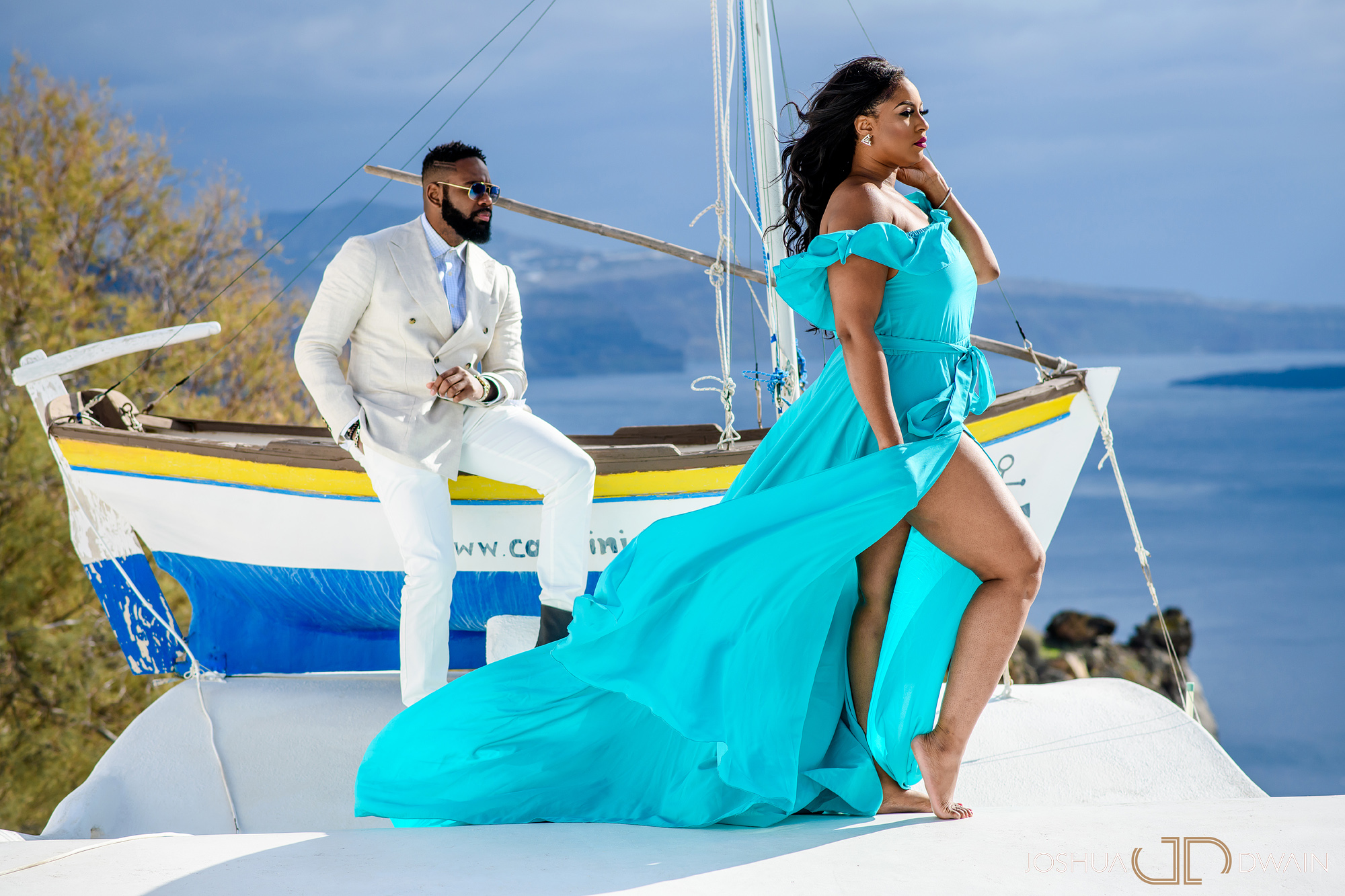 ekene-issac-03-santorini-oia-thira-greece-wedding-engagement-photos-african-american-destination-photographer-joshua-dwain