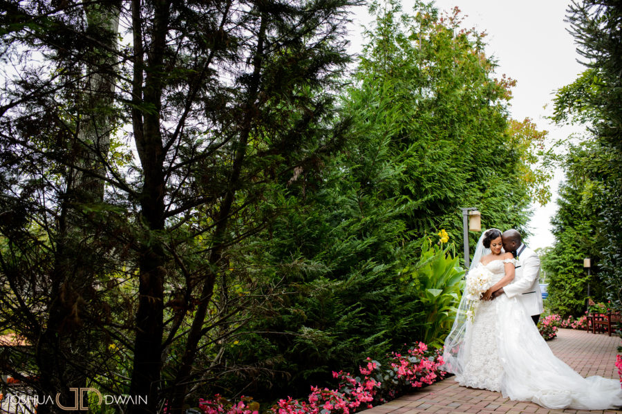 Crest Hollow Country Club Wedding Photos